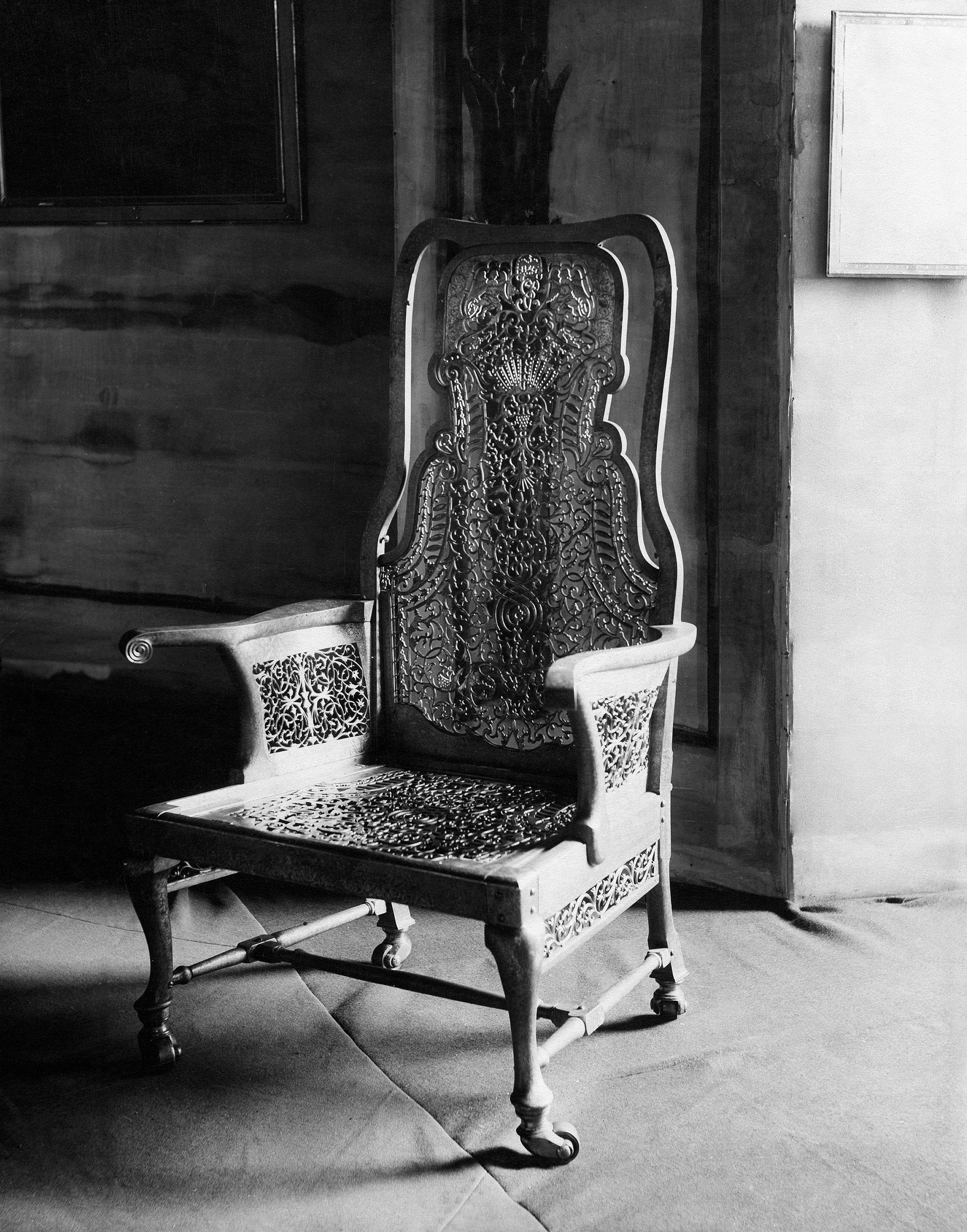 Throne chair of the Tsarina Elisabeth, Russian Empire, 1912.
