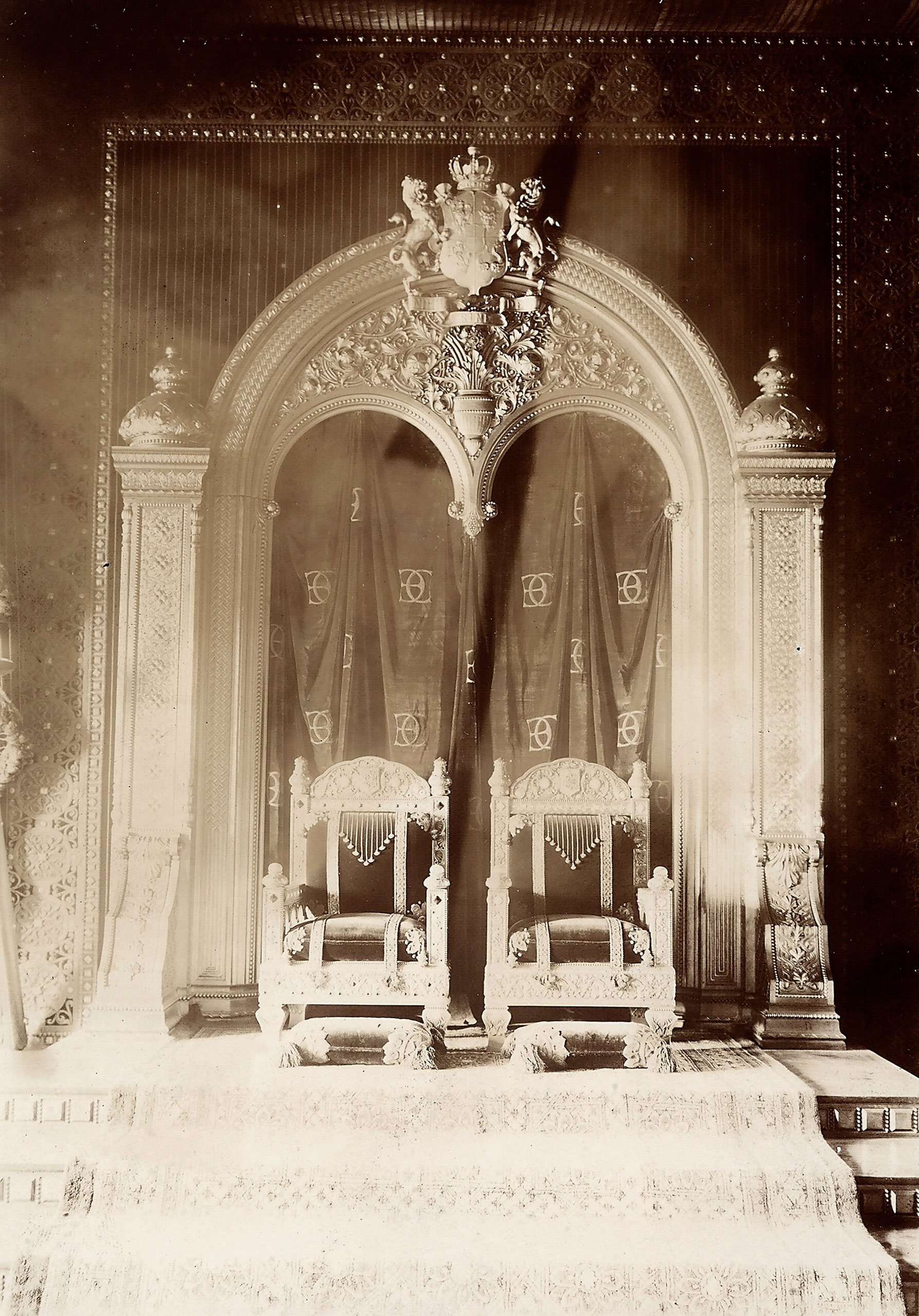 The throne of the King of Romania. circa 1913.