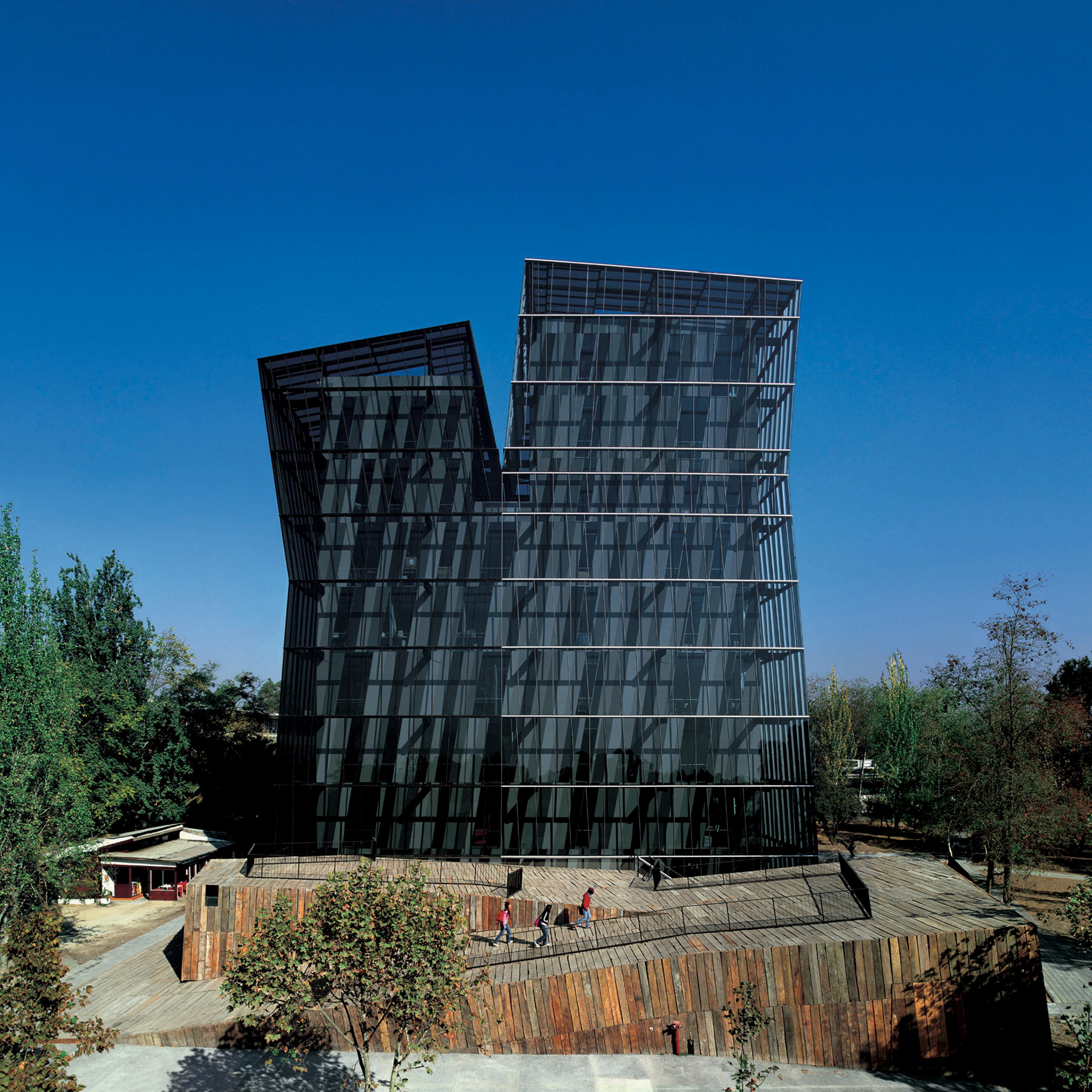 Siamese Towers, 2005, San Joaquín Campus, Universidad Católica de Chile, Santiago, Chile.