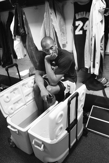 Los Angeles Lakers guard Kobe Bryant sits with his feet in an ice bucket in the locker room prior to an NBA basketball game against the New York Knicks on Jan. 22, 2010 at Madison Square Garden in New York.