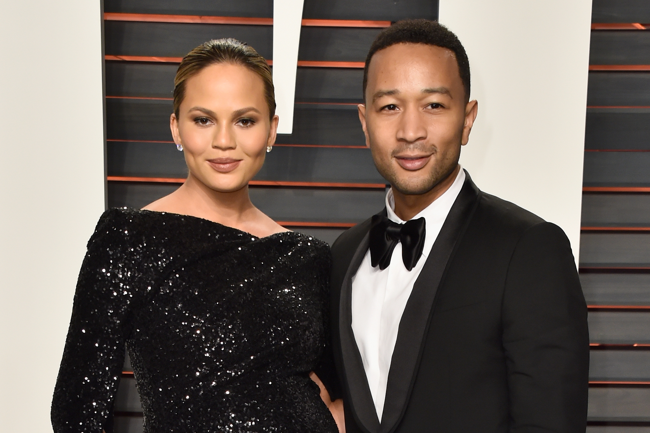 Chrissy Teigen attends the 2016 Vanity Fair Oscar Party Hosted By Graydon Carter at the Wallis Annenberg Center for the Performing Arts on February 28, 2016 in Beverly Hills, California.