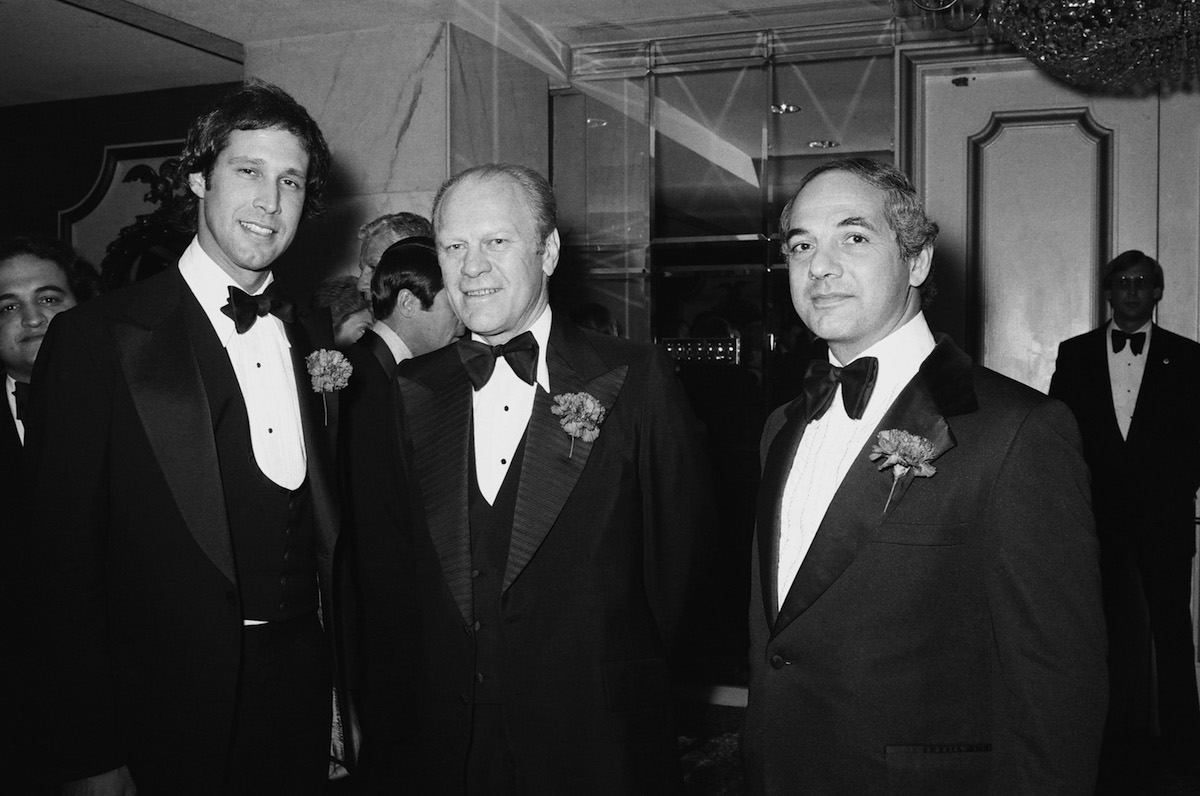(l-r) Chevy Chase, Gerald Ford and White House Press Secretary Ron Nessen on March 25, 1976
