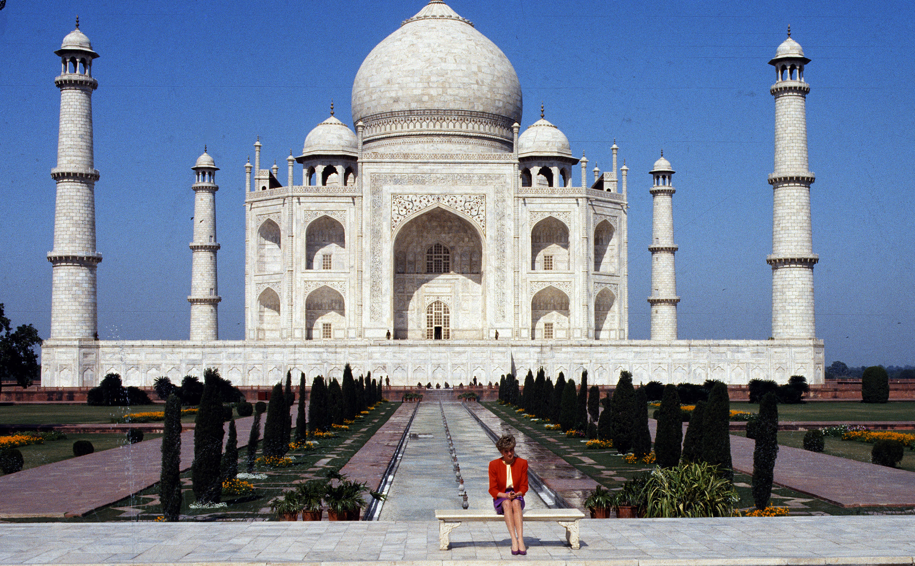 Diana, Princess of Wales, poses alone at the Taj Mahal during her visit to India on Feb. 11, 1992