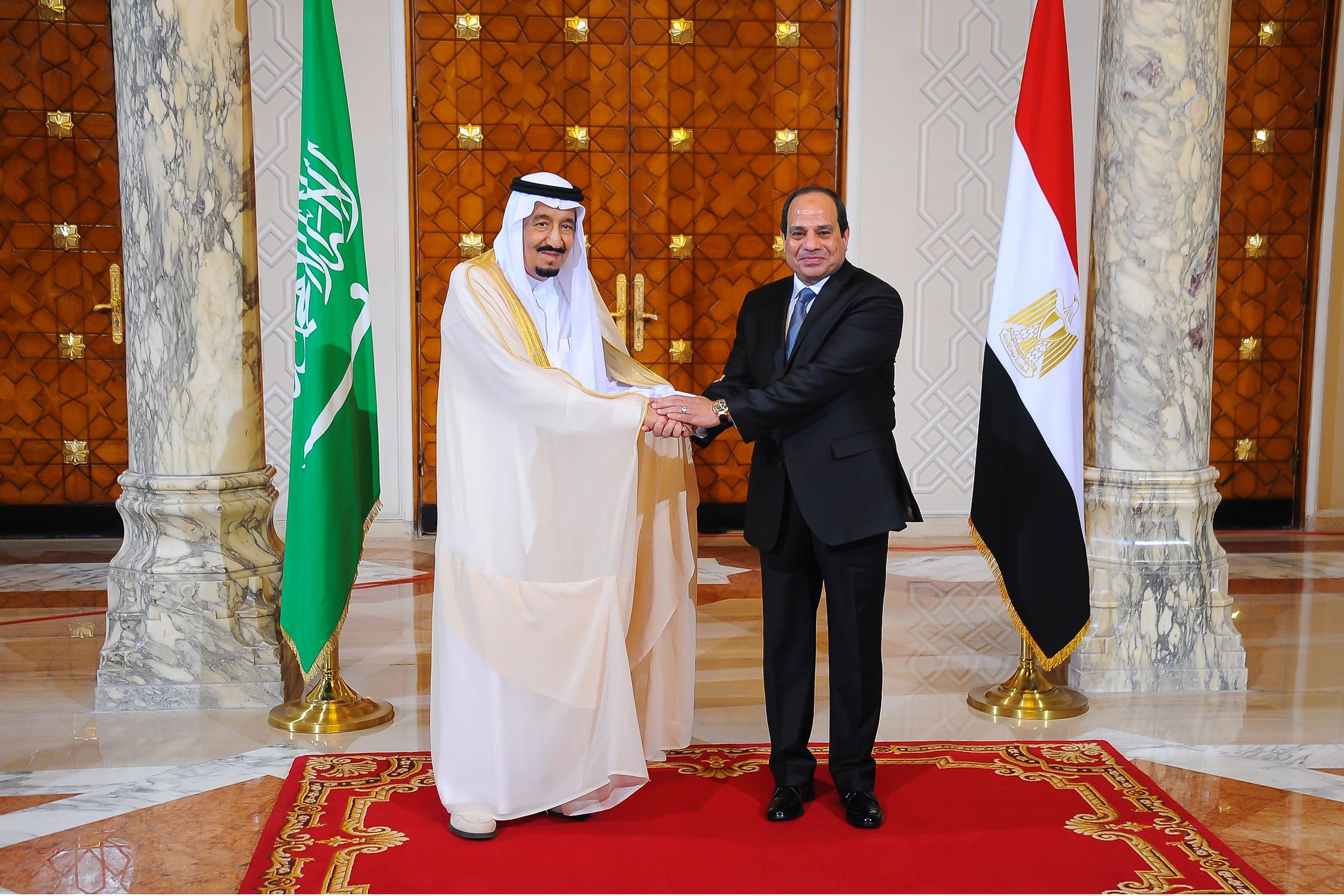 President of Egypt Abdel Fattah el-Sisi (R) welcomes King Salman bin Abdulaziz Al Saud of Saudi Arabia (L) at the Egyptian Presidential Palace in Cairo, Egypt on April 7, 2016. (Egyptian Presidency/Anadolu Agency--Getty Images)