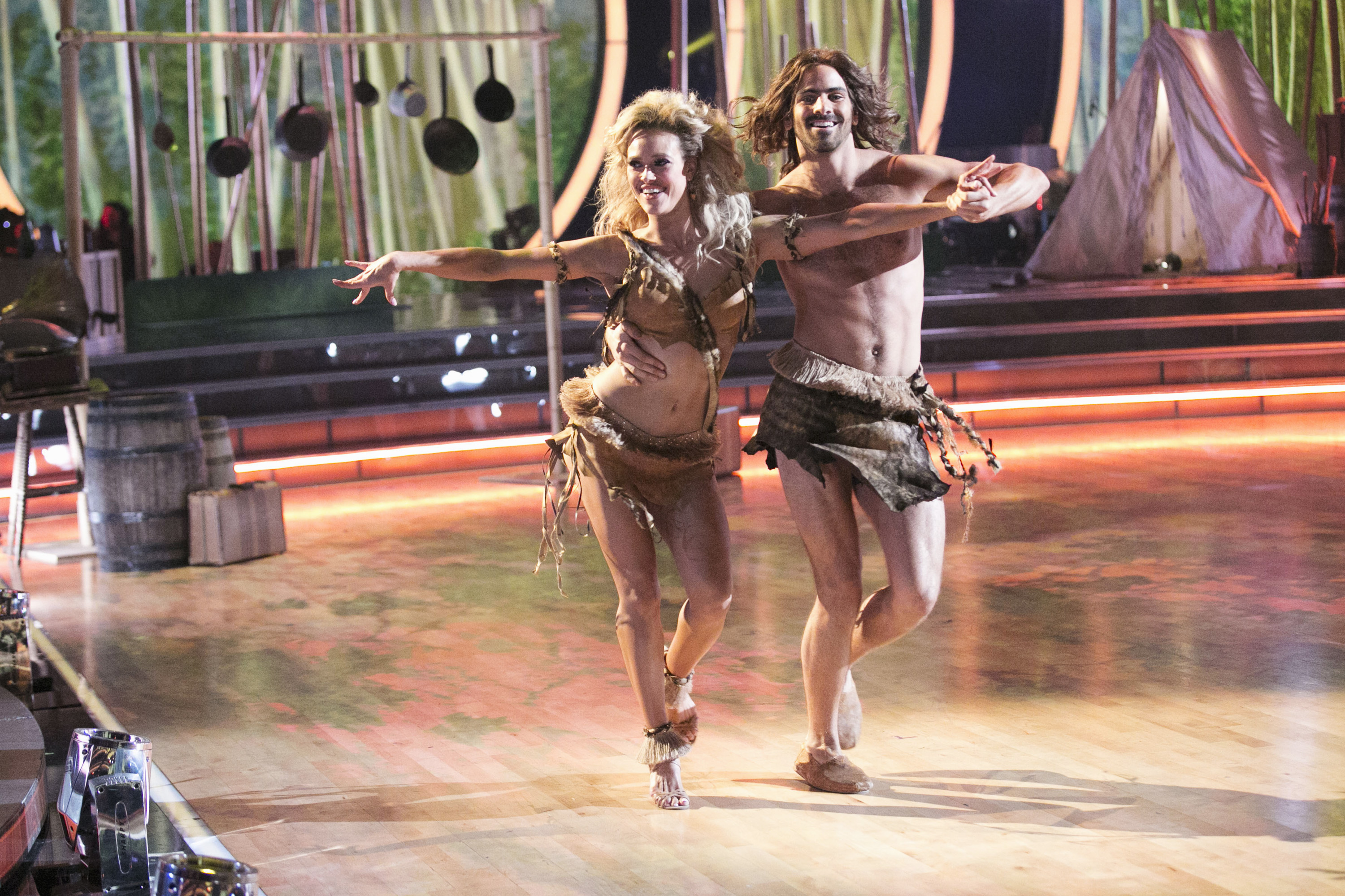 Peta Murgatroyd and Nyle DiMarco on 'Dancing With The Stars' on April 11, 2016.