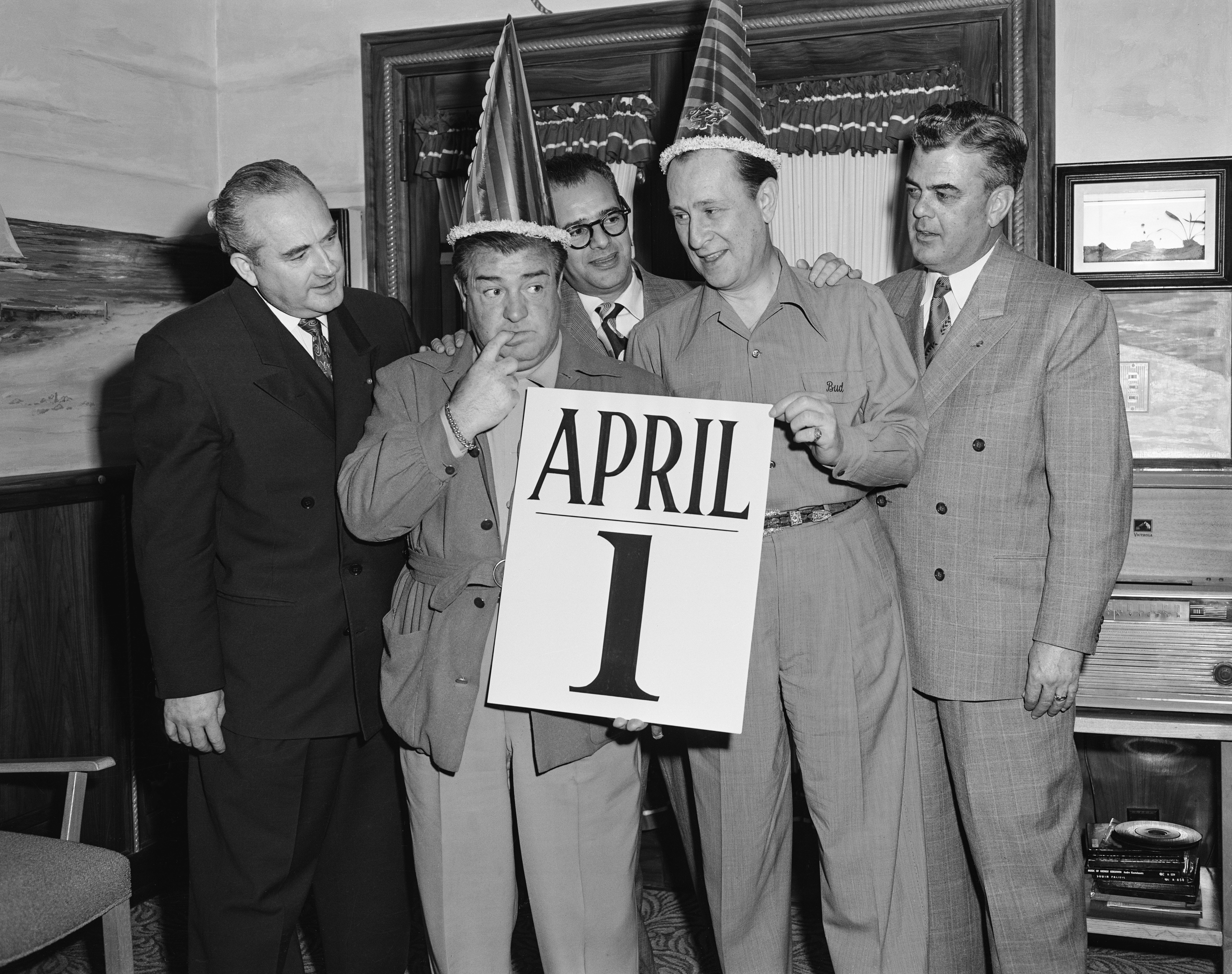 American comedians Bud Abbott (1897 - 1974) and Lou Costello (1906 - 1959) on April Fool's Day, early 1950s