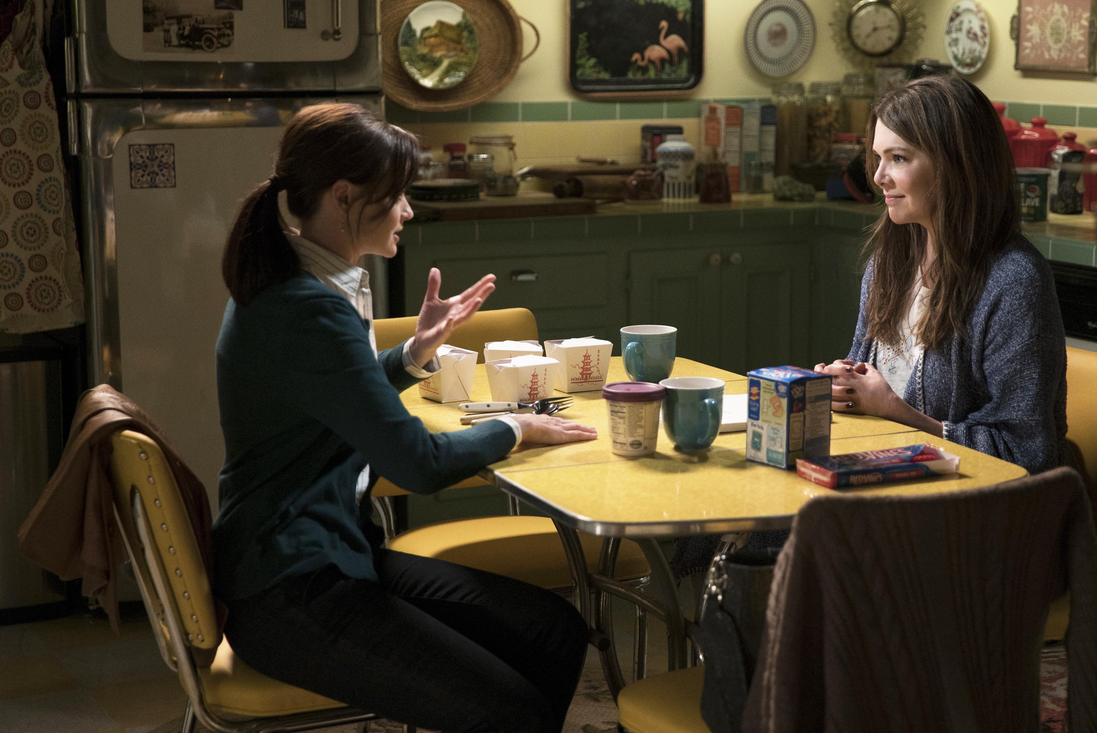 Alexis Bledel, as Rory Gilmore, and Lauren Graham, as Lorelai Gilmore.