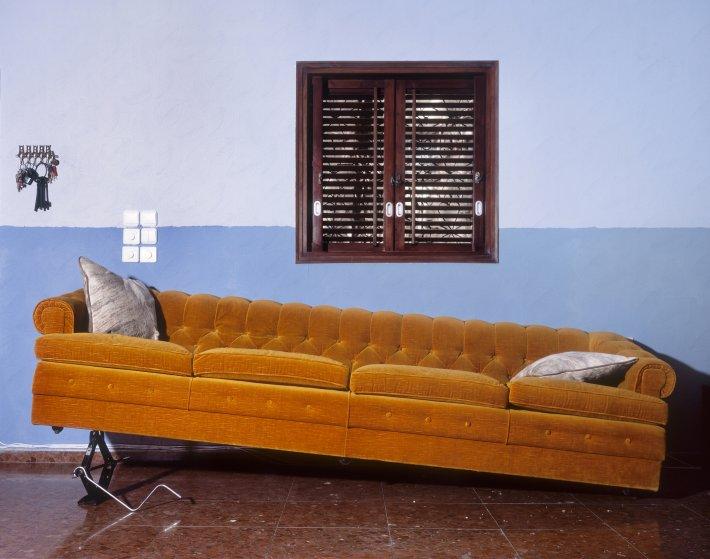 Sofa (2011)
