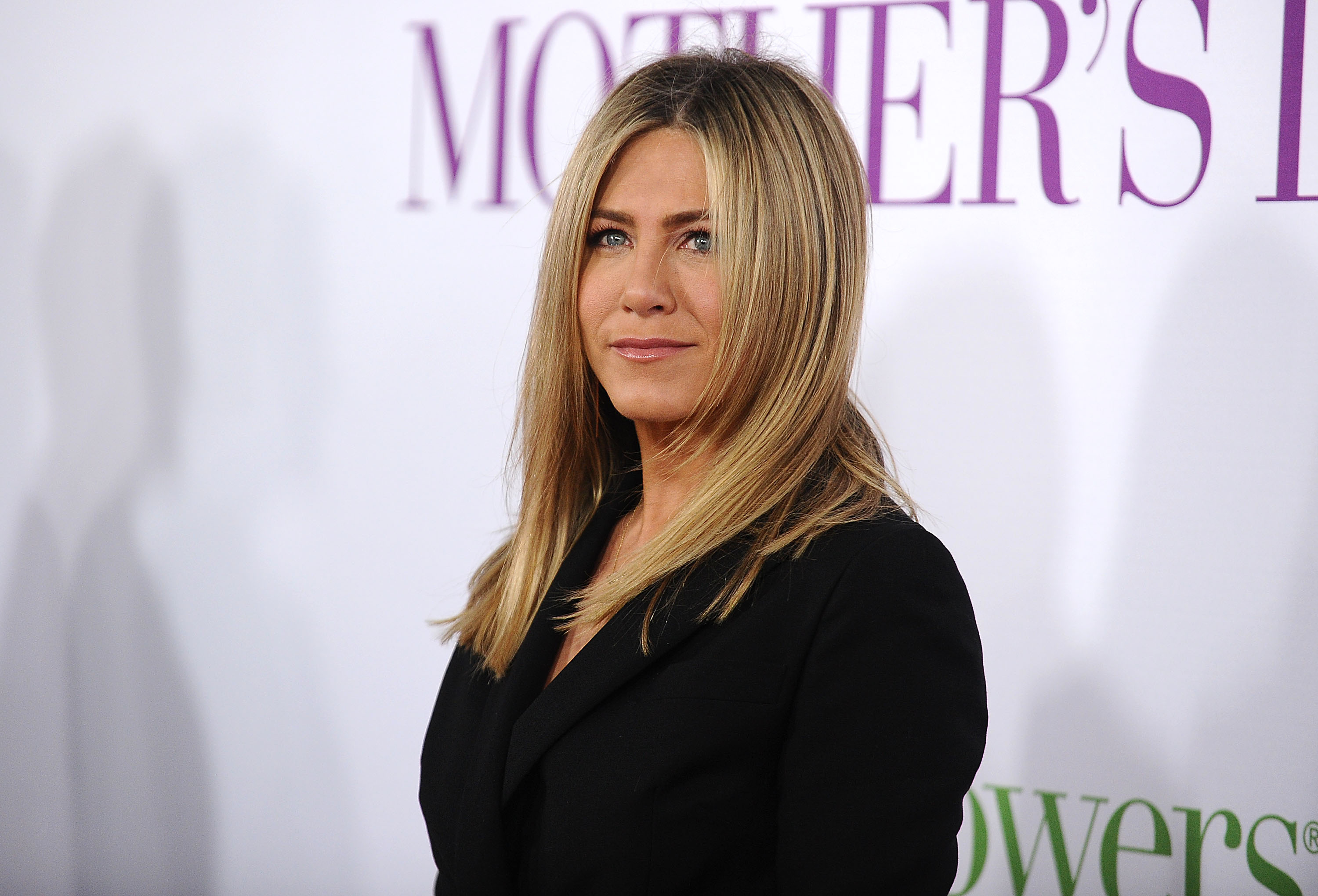 Actress Jennifer Aniston attends the premiere of  Mother's Day  at TCL Chinese Theatre IMAX on April 13, 2016 in Hollywood, California.