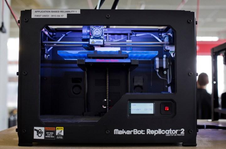 Makerbot Industries LLC Replicator 2 Desktop 3D Printer