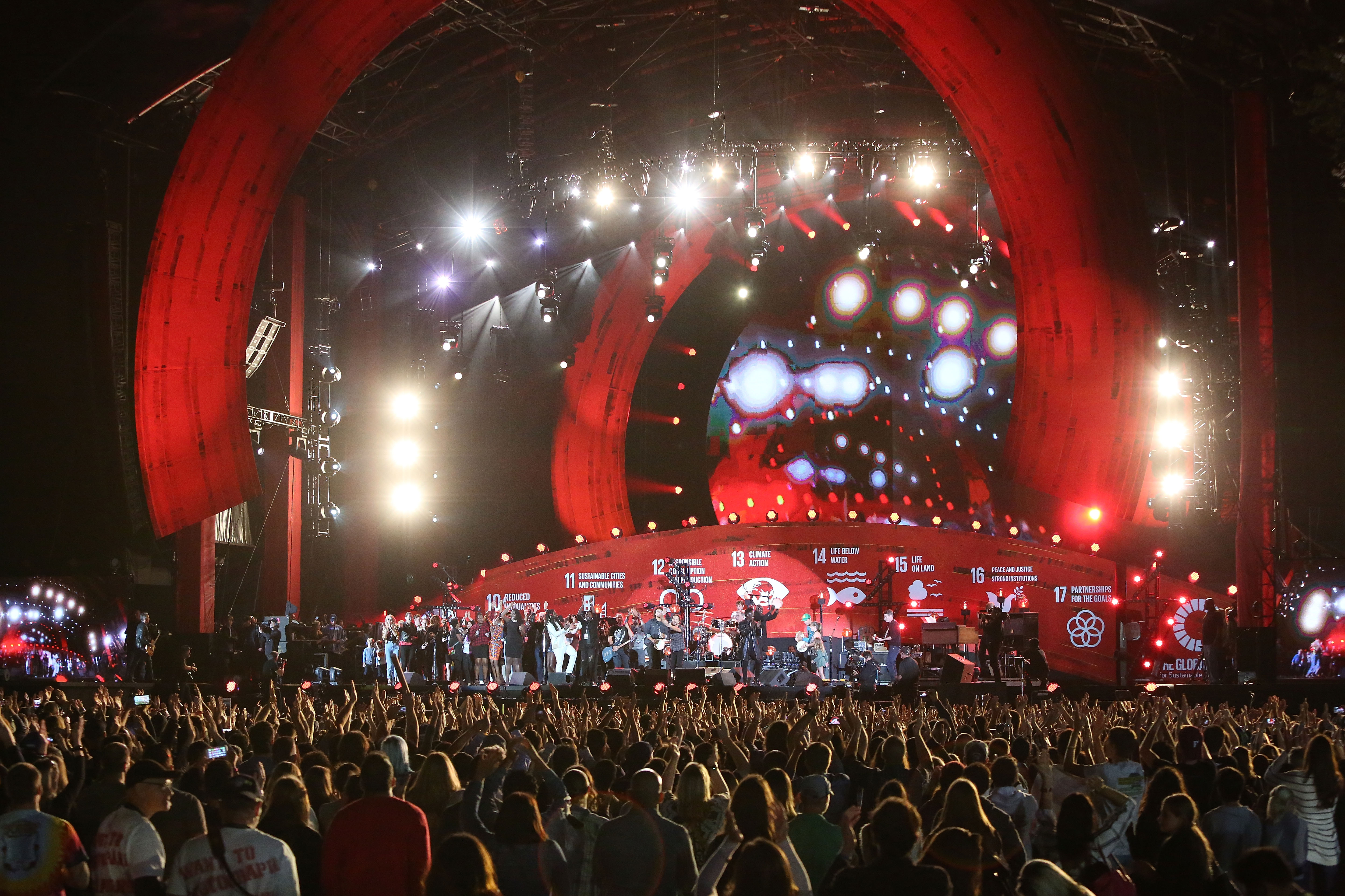 Pearl Jam performs  Rockin in the Free World  to close the 2015 Global Citizen Festival at Central Park on September 26, 2015 in New York City.