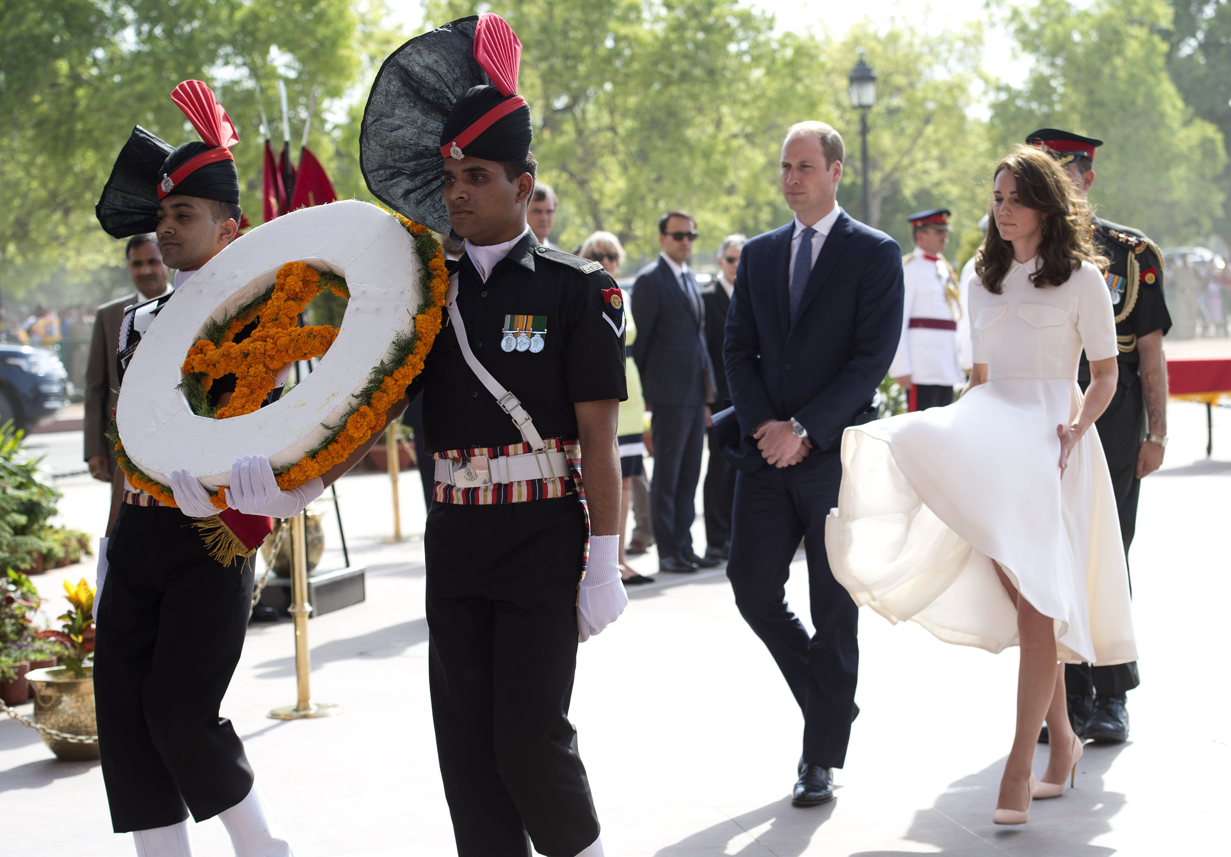 Prince William and Catherine, Duchess of Cambridge at a wreath-laying at India Gate, New Delhi on April 11, 2016.