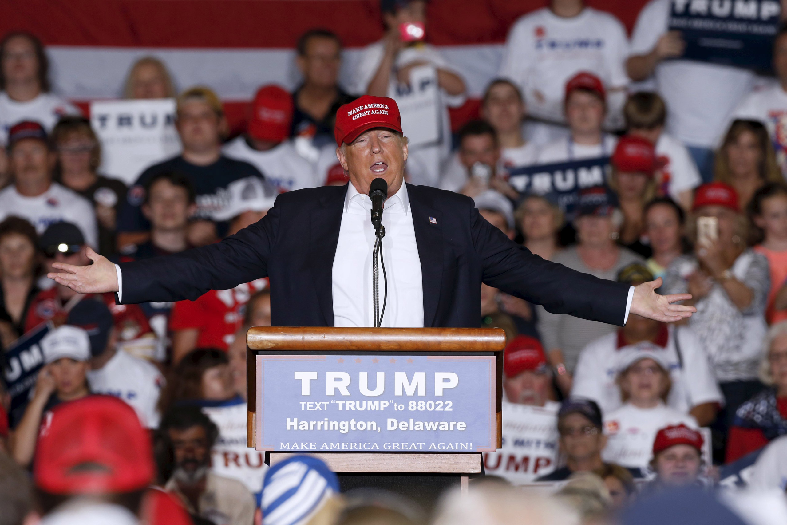 Republican presidential candidate Donald Trump holds a rally with supporters in Harrington, Delaware, on April 22, 2016.