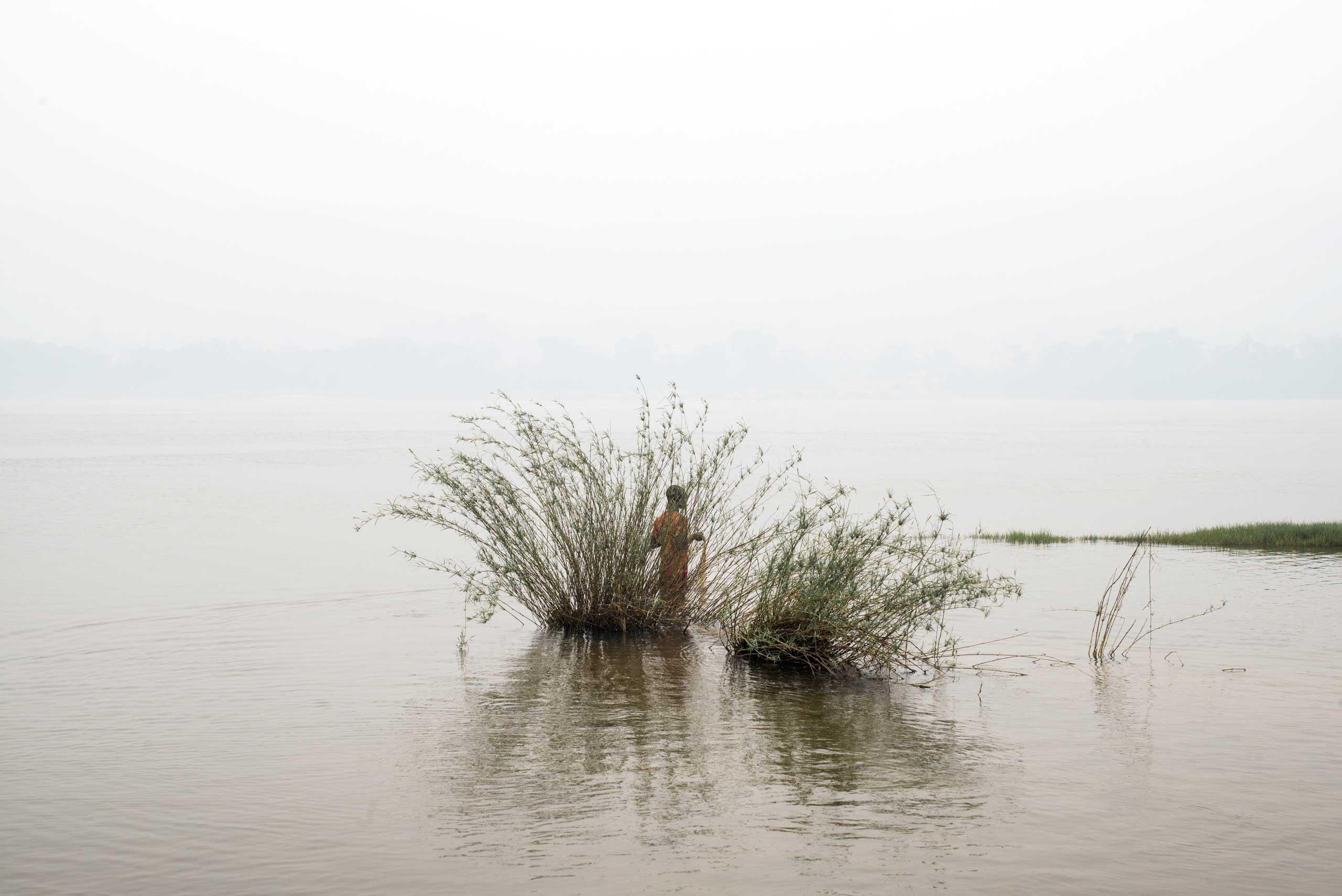 A fisherman on the Oubangui river.