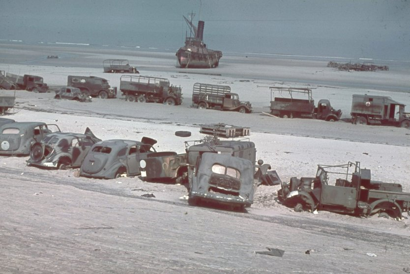 LaPanne near Dunkirk after the British retreat. 1940.
