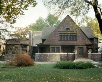 Frank Lloyd Wright Home and Studio, located at 951 Chicago Avenue, Oak Park, Illinois. Built in 1889.