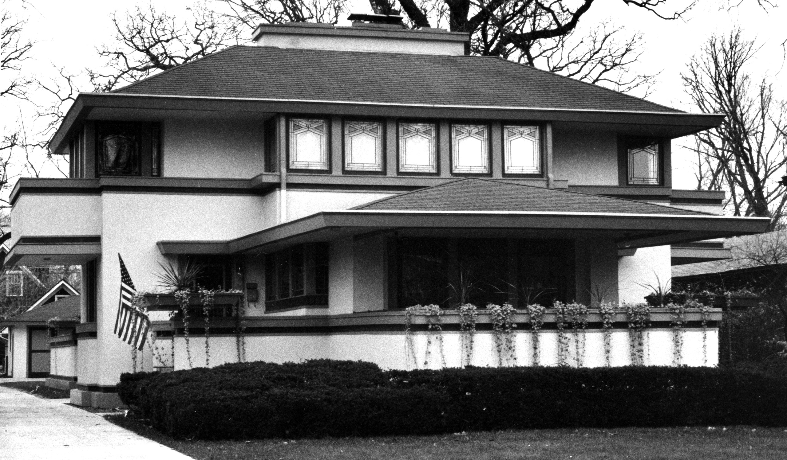 Frank Lloyd Wright's J. Kibben Ingalls house in River Forest, Ill. Built circa 1909.