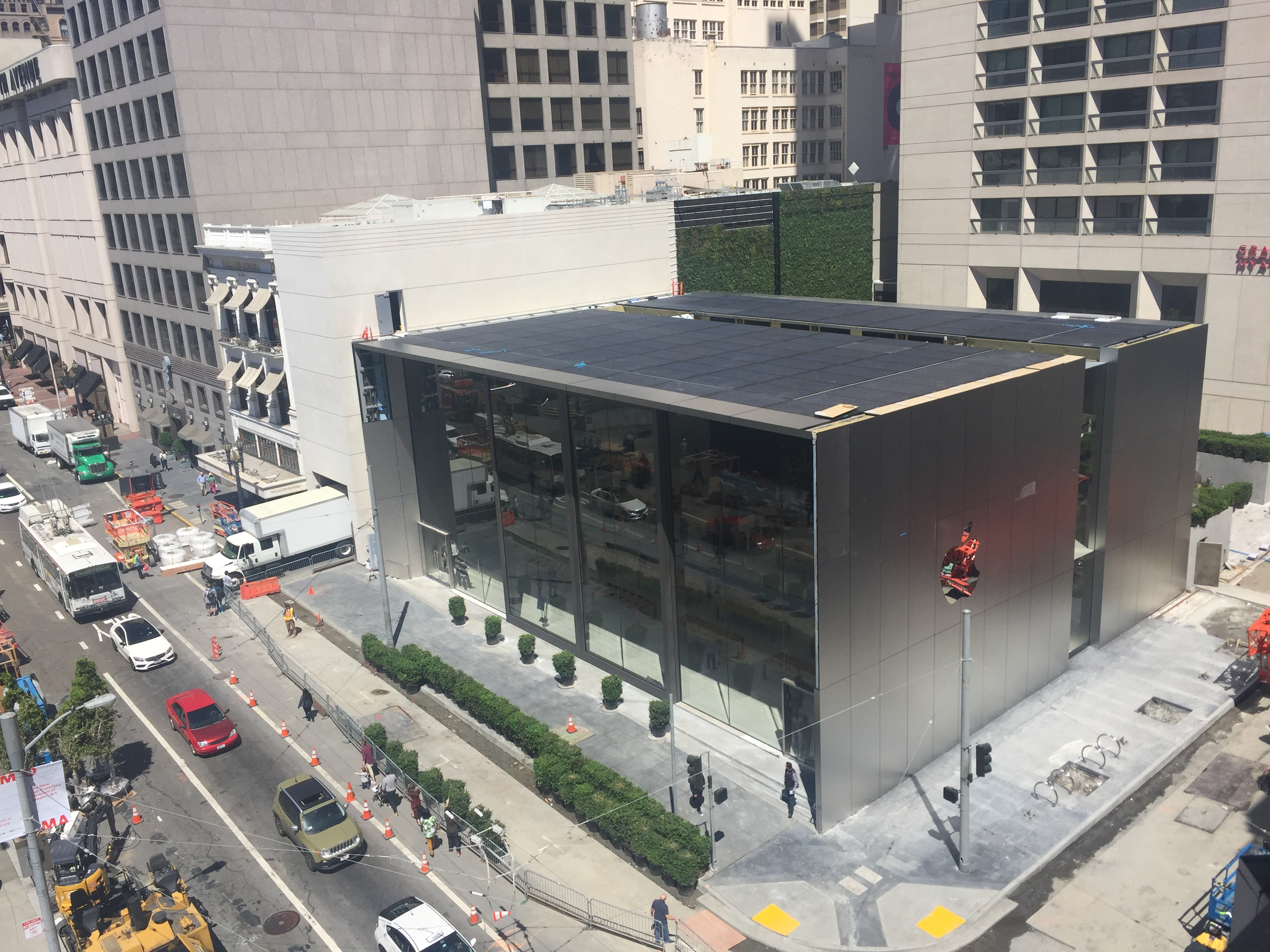 Apple's new flagship store in San Francisco's Union Square opens May 21, 2016.