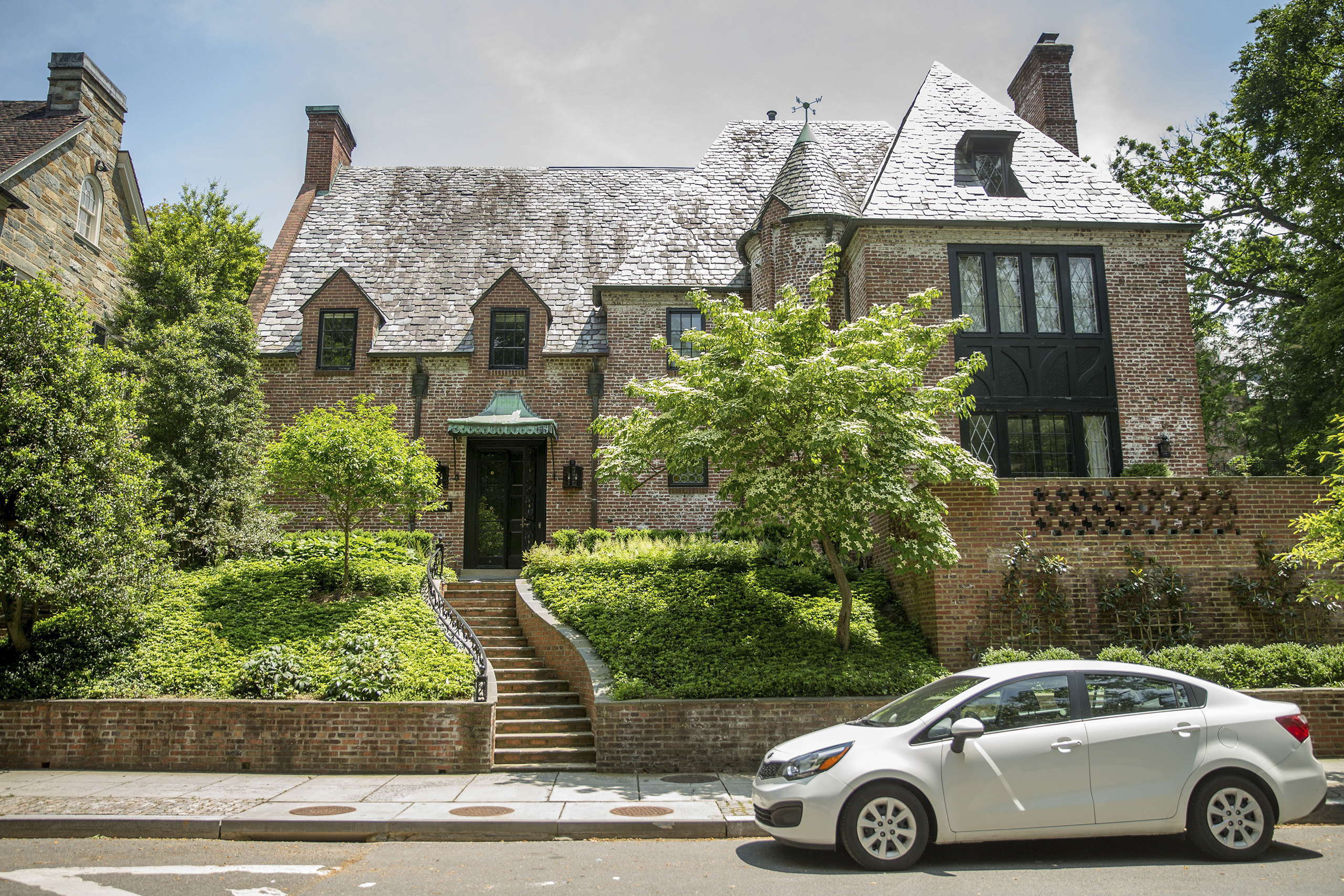 Real estate circles buzzed Wednesday over reports that President Obama and first lady Michelle Obama have decided to lease this nine-bedroom mansion in Washington's Kalorama neighborhood when he leaves office in January 2017. The home sits on a quarter-acre lot just down the road from the Naval Observatory, the vice president's official residence.