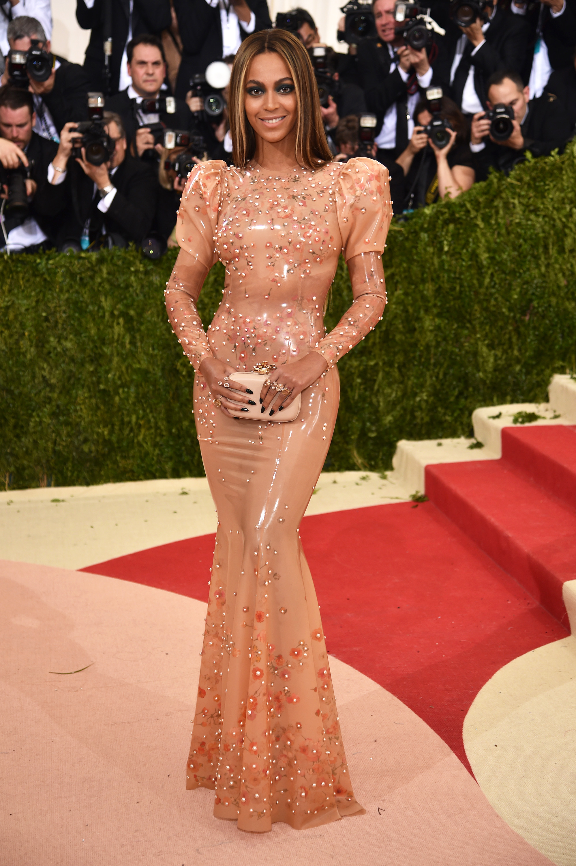 Beyoncé attends the  Manus x Machina: Fashion In An Age Of Technology  Costume Institute Gala at Metropolitan Museum of Art on May 2, 2016 in New York City.