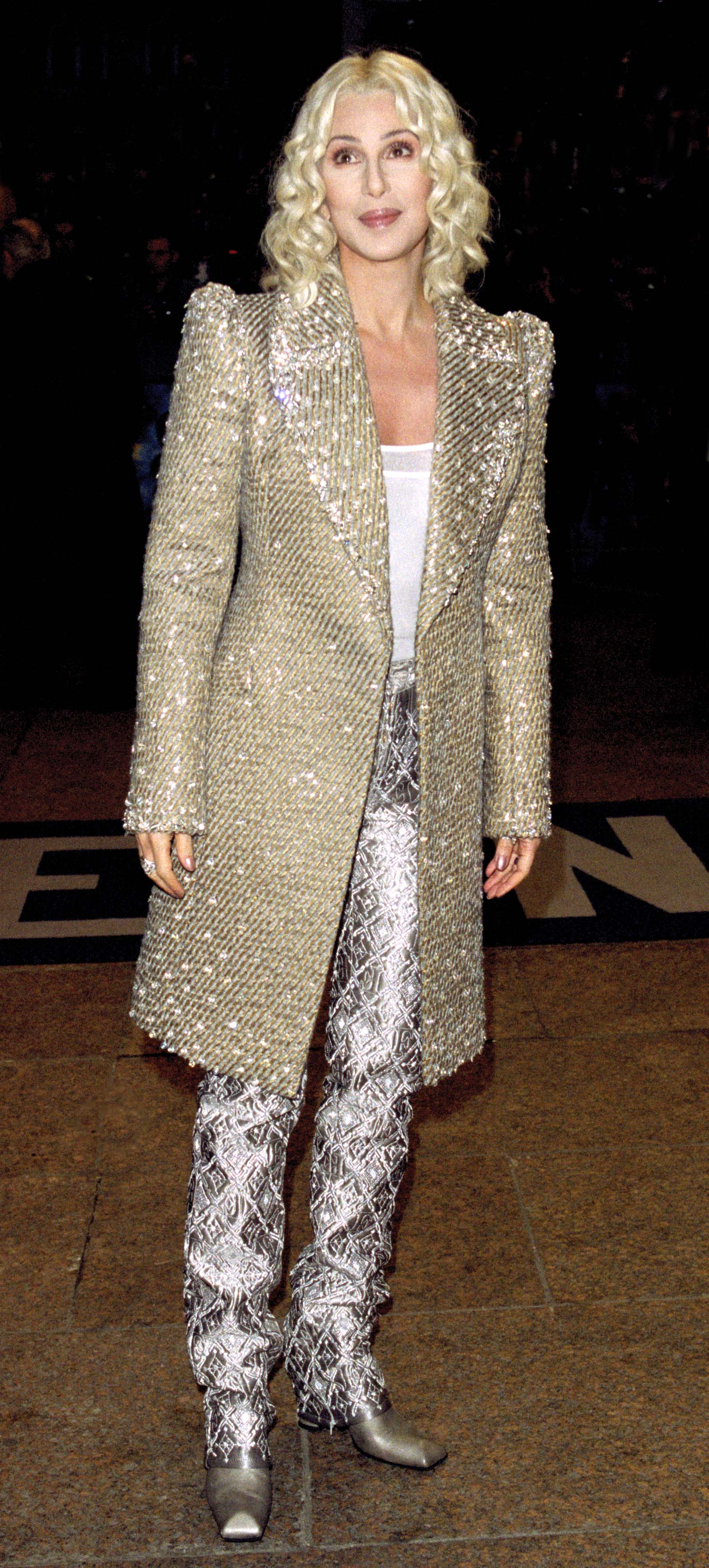 Cher attends the Harry Potter And The Philosopher's Stone premiere In London on Nov. 4, 2001.