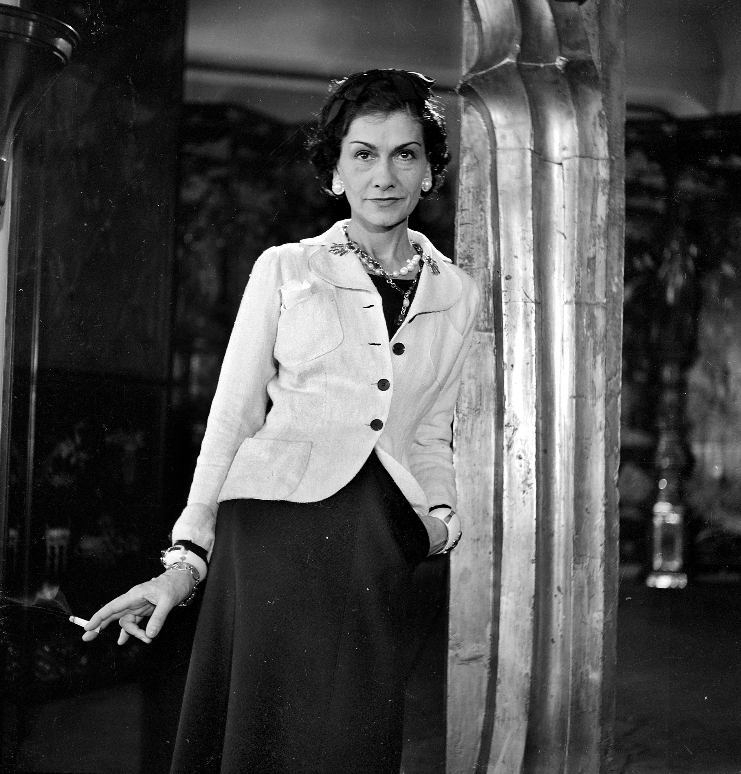 FRANCE - CIRCA 1937:  Coco Chanel, French couturier. Paris, 1937.  (Photo by Lipnitzki/Roger Viollet/Getty Images)