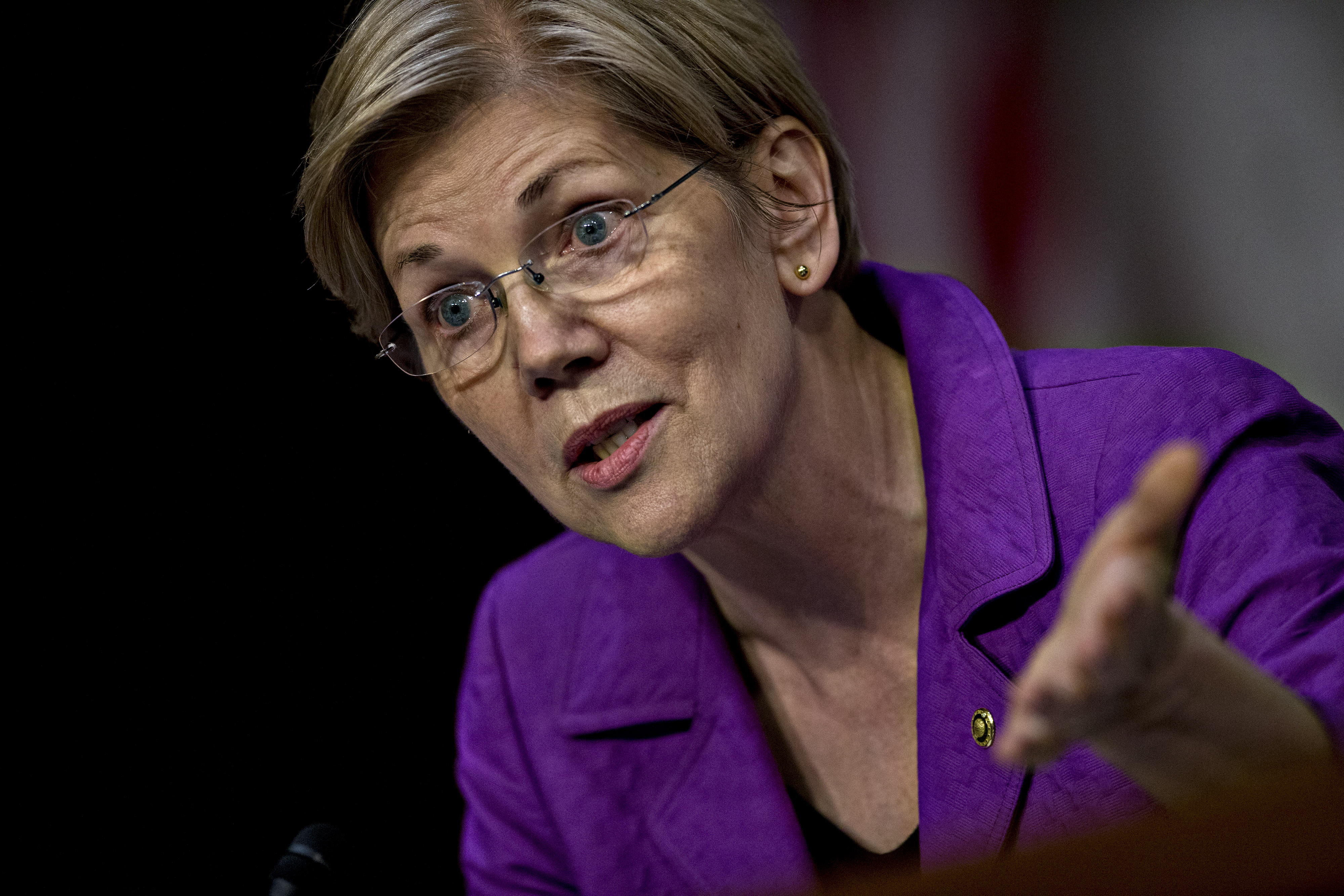 Senator Elizabeth Warren, a Democrat from Massachusetts, questions witnesses during a Senate Special Committee on Aging hearing on Valeant Pharmaceuticals in Washington on April 27.