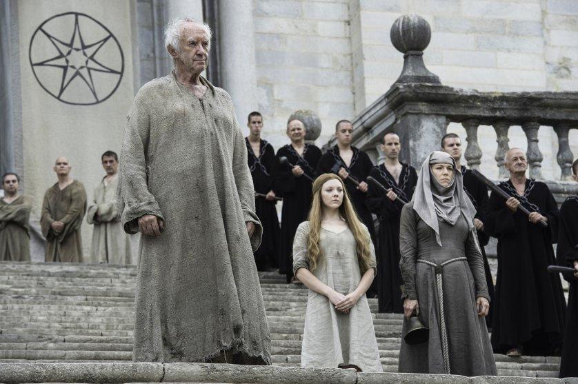 Jonathan Pryce, Natalie Dormer, and Hannah Waddingham in Game of Thrones season 6, episode 6.
