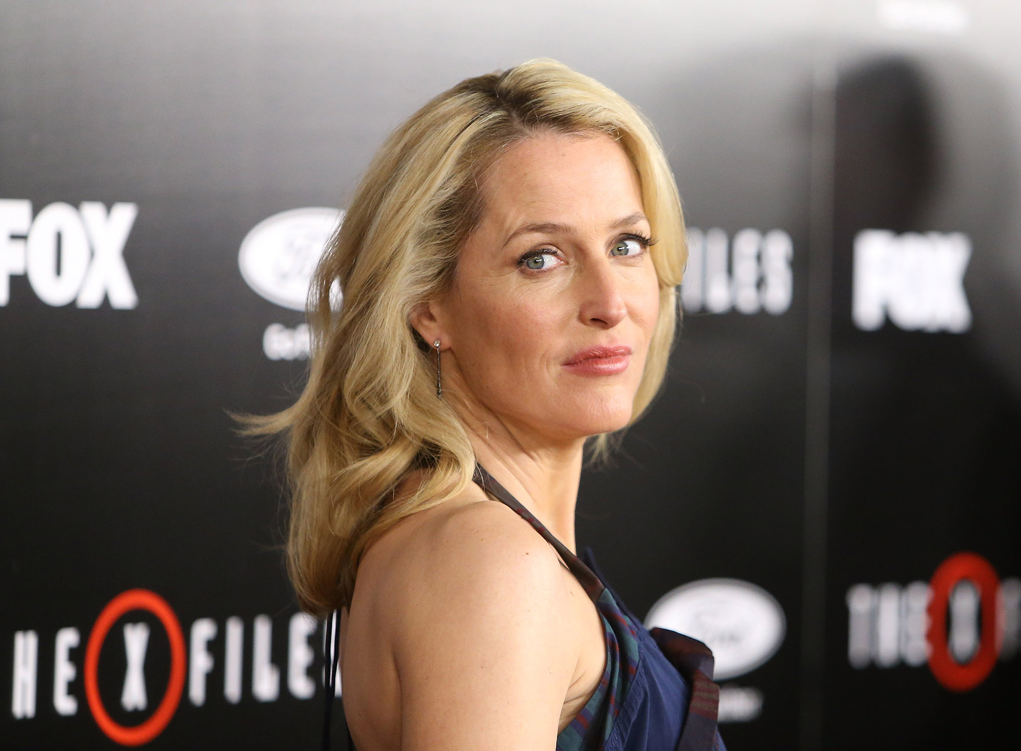 LOS ANGELES, CA - JANUARY 12:  Gillian Anderson arrives at the Los Angeles premiere of Fox's  The X-Files  held at California Science Center on January 12, 2016 in Los Angeles, California.  (Photo by Michael Tran/FilmMagic)