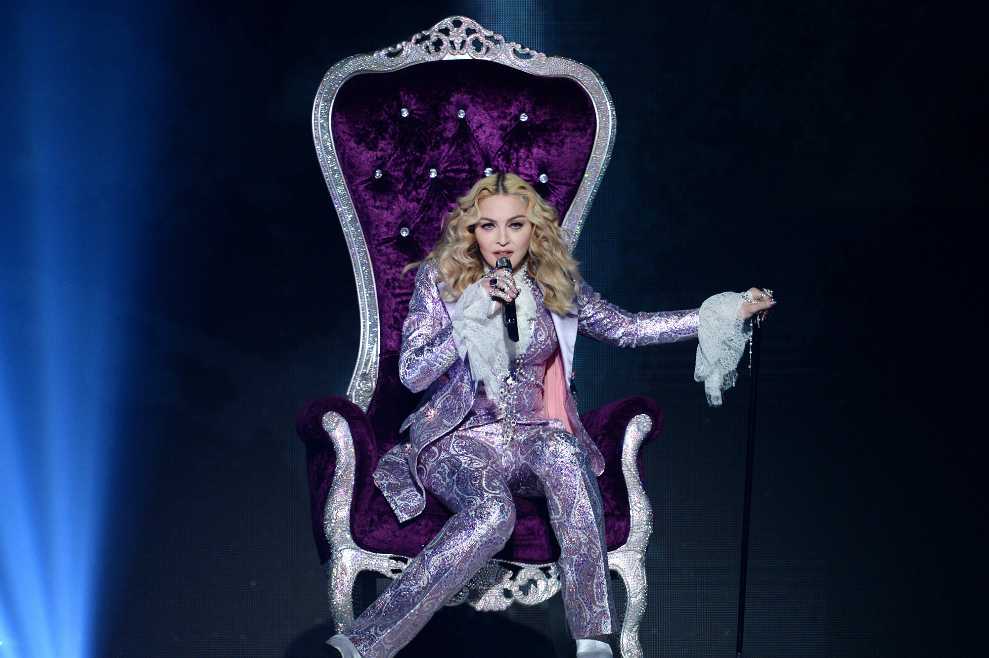 Madonna performs a tribute to Prince onstage during the 2016 Billboard Music Awards on May 22, 2016.