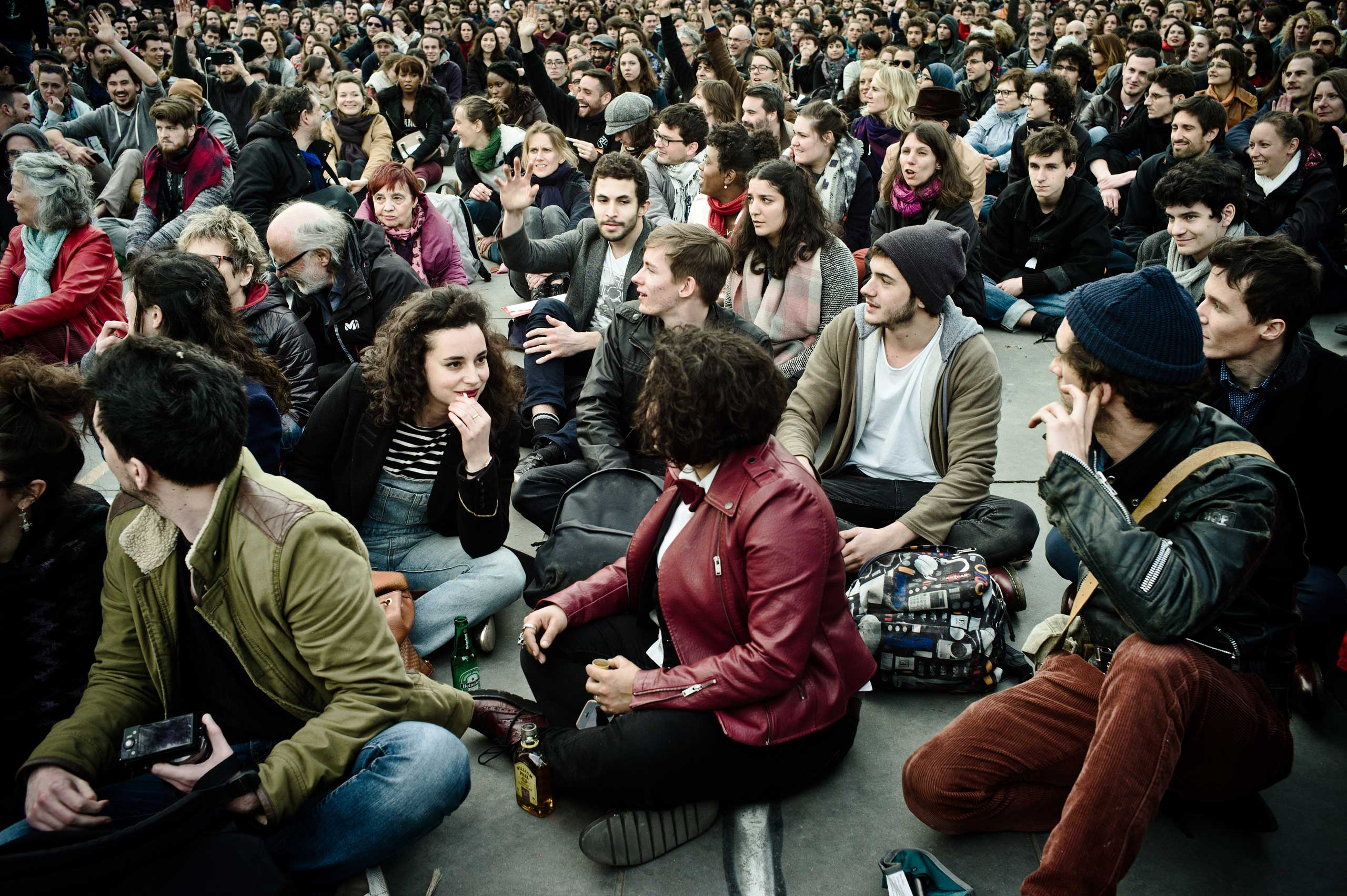 At the Nuit Debout, the General Assembly (from 6:00 pm to 11:00 pm) validates the decisions of the various committees.