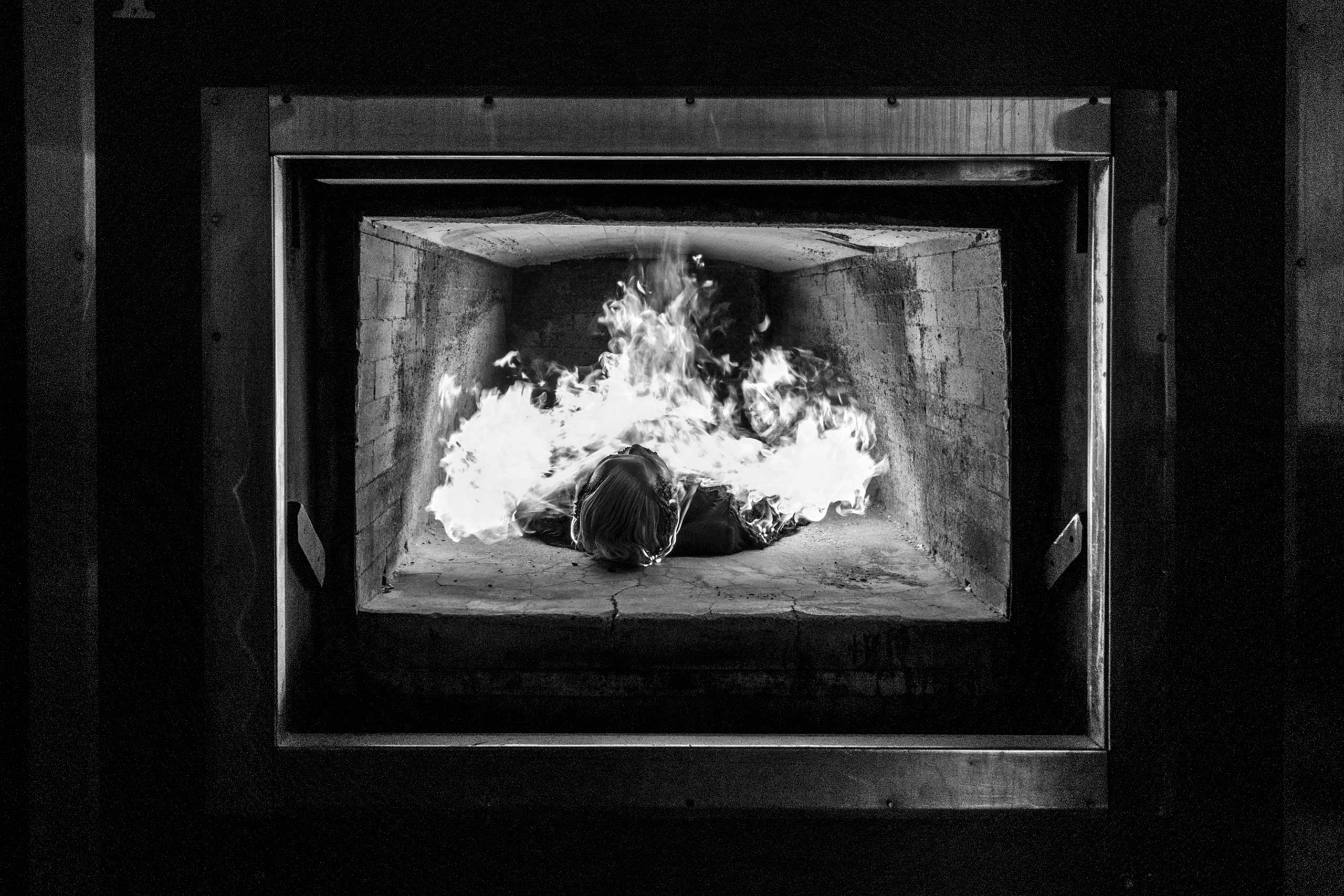 A body is cremated. March 15, 2016.