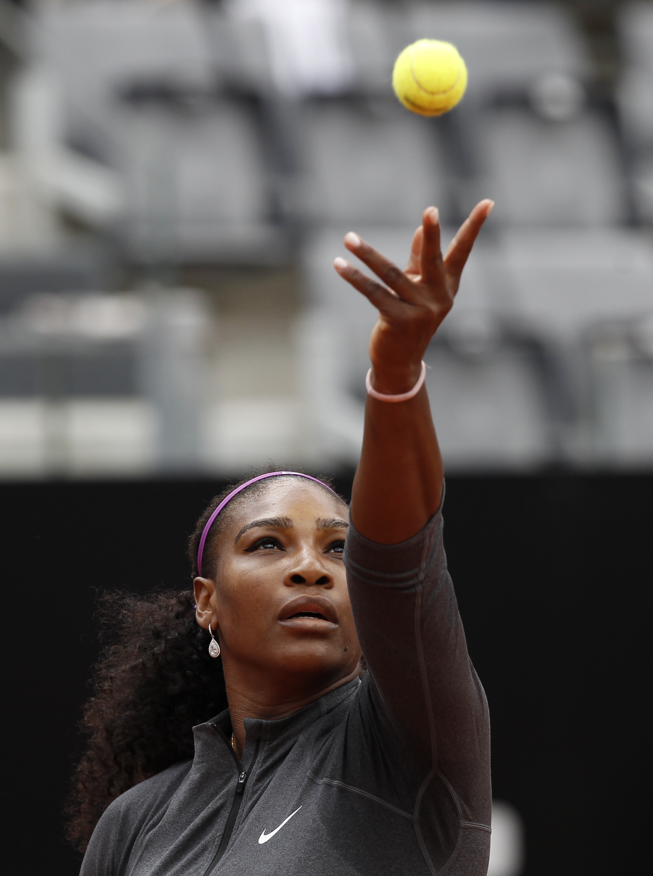 United States' Serena Williams serves the ball to her compatriot Christina McHale at the Italian Open tennis tournament on May 12, 2016.