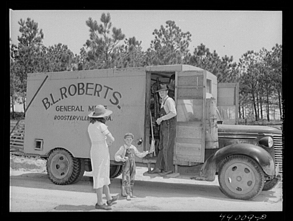 Rolling store in Heard County, Ga., in 1941