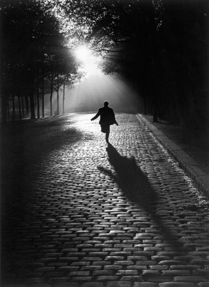 Sabine Weiss photo from the Jeu De Paume exhibition in Paris, France.