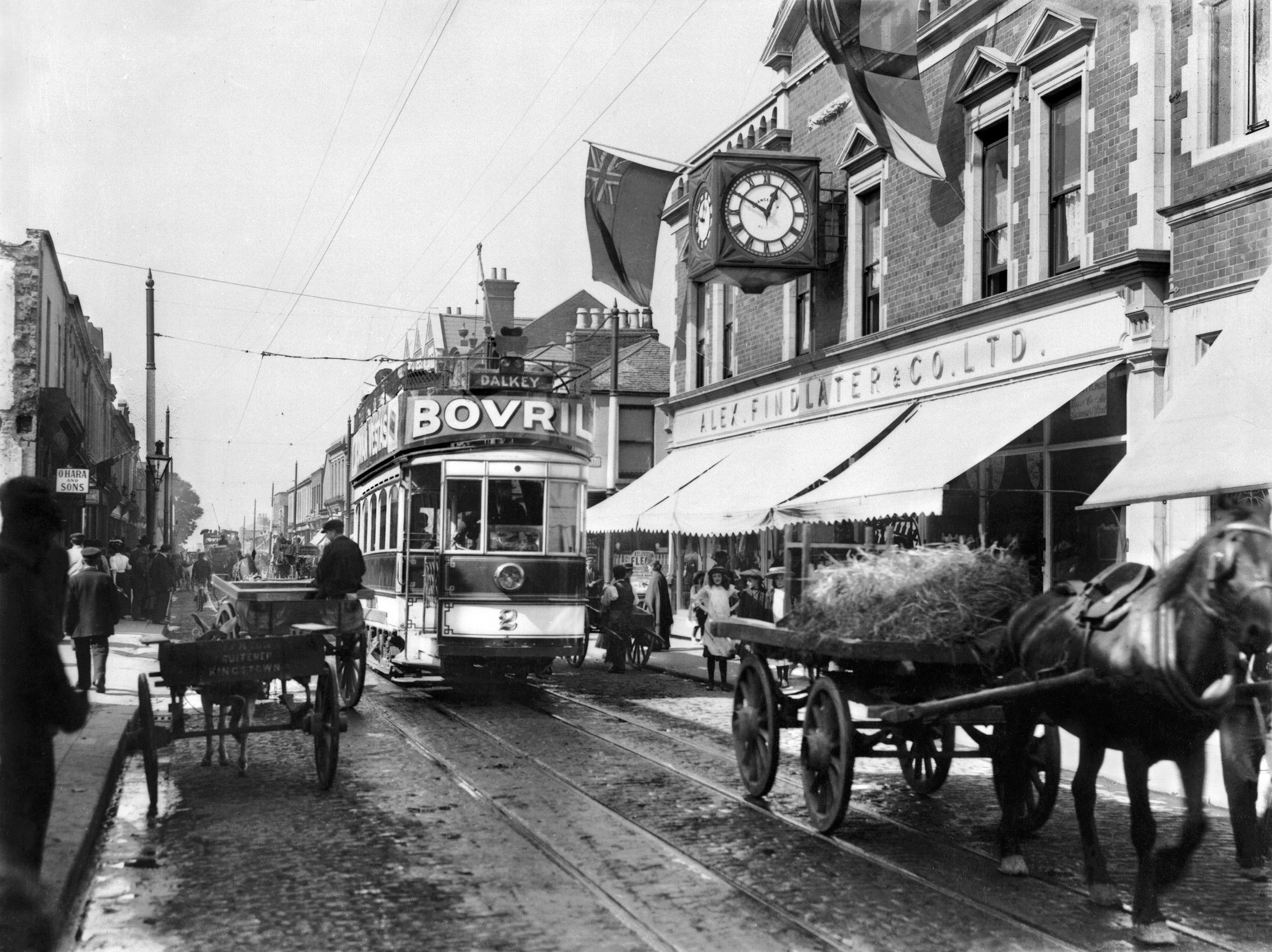 Electric Tram in Dublin, circa 1906.