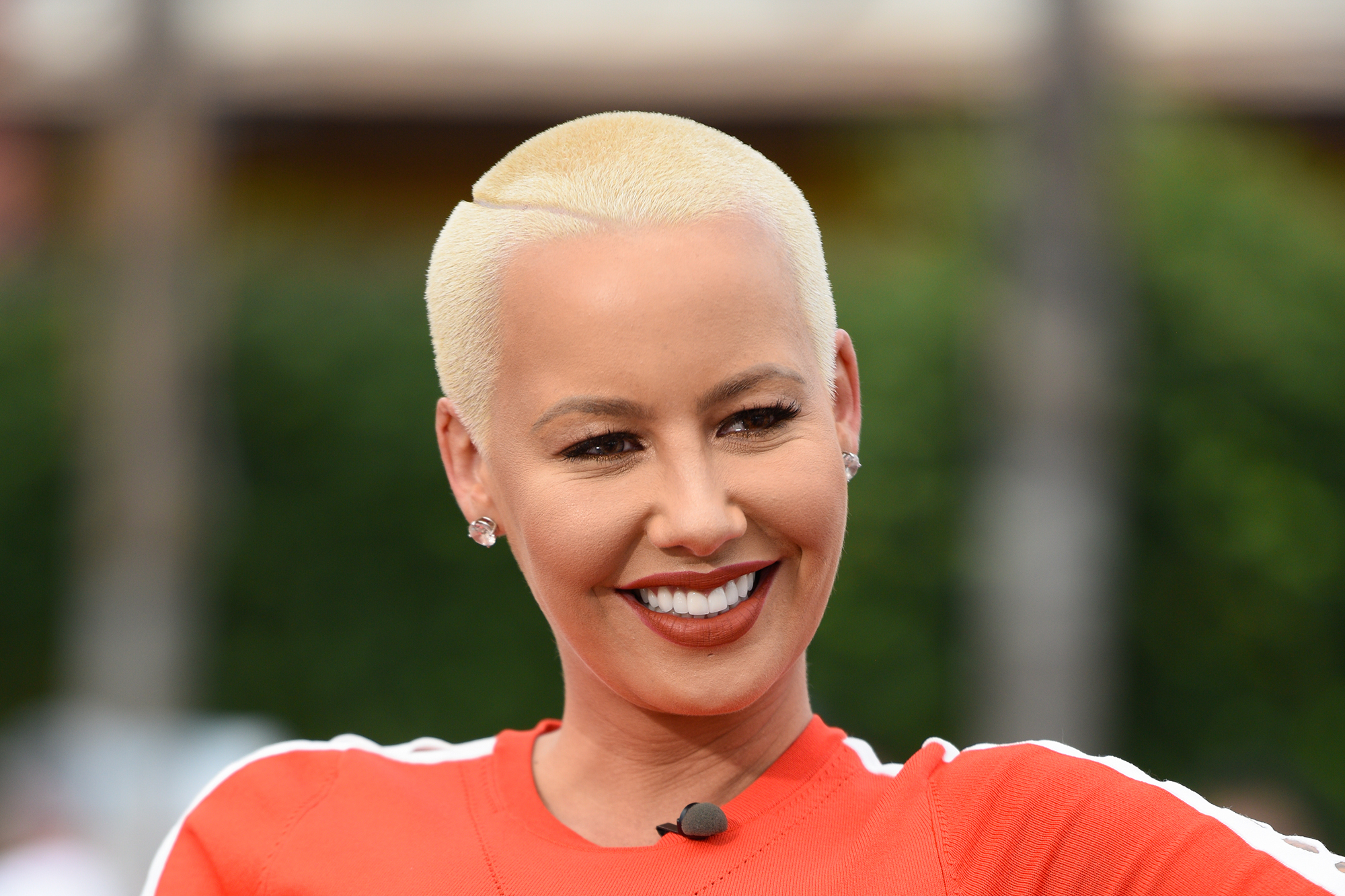 Amber Rose visits  Extra  at Universal Studios Hollywood on June 13, 2016 in Universal City, California.  (Photo by Noel Vasquez/Getty Images)