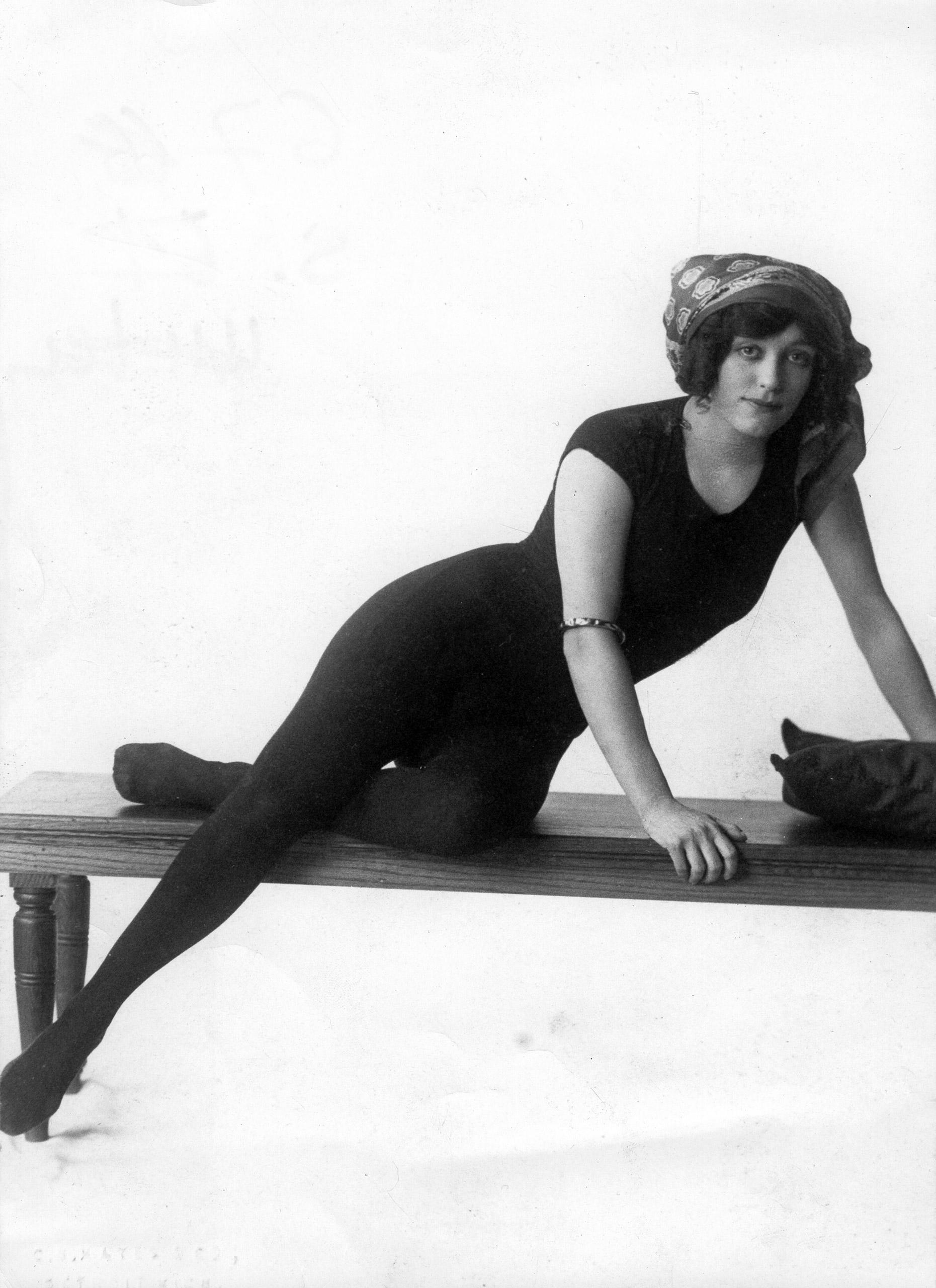 Annette Kellermann, circa 1910.