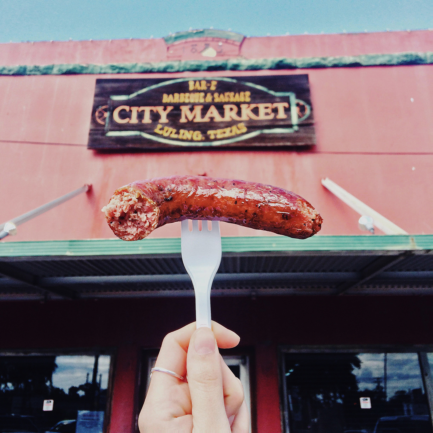240-road-trip-city-market-barbecue-luling-texas