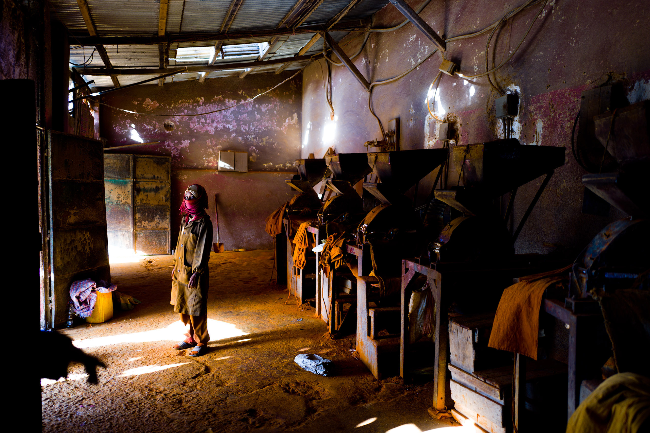 The berbere spice mixing market in Asmara.