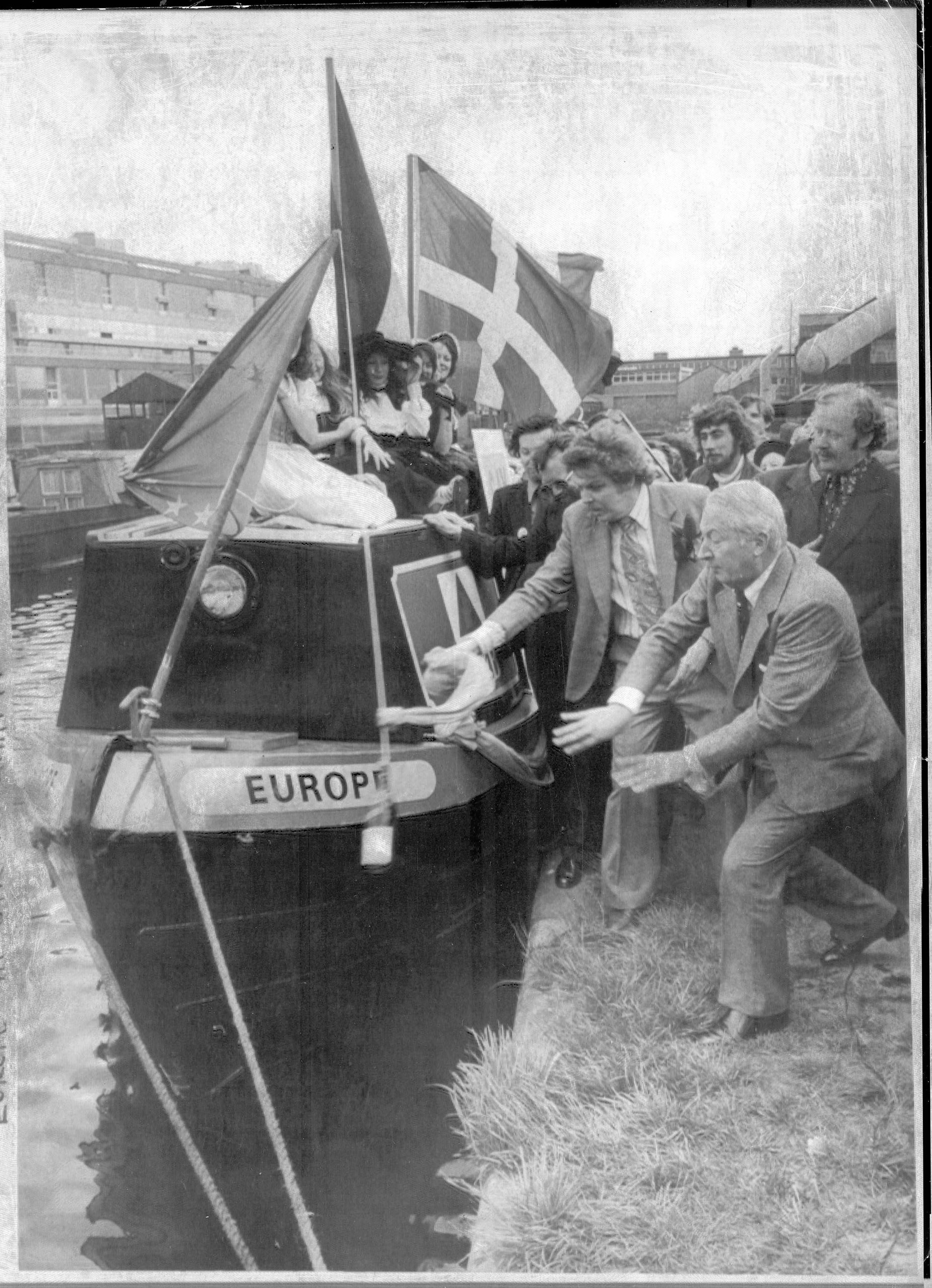 Mr Edward Heath goes aboard the Europe boat on Birmingham's canal, as part of Britain in Europe campaign,1975.