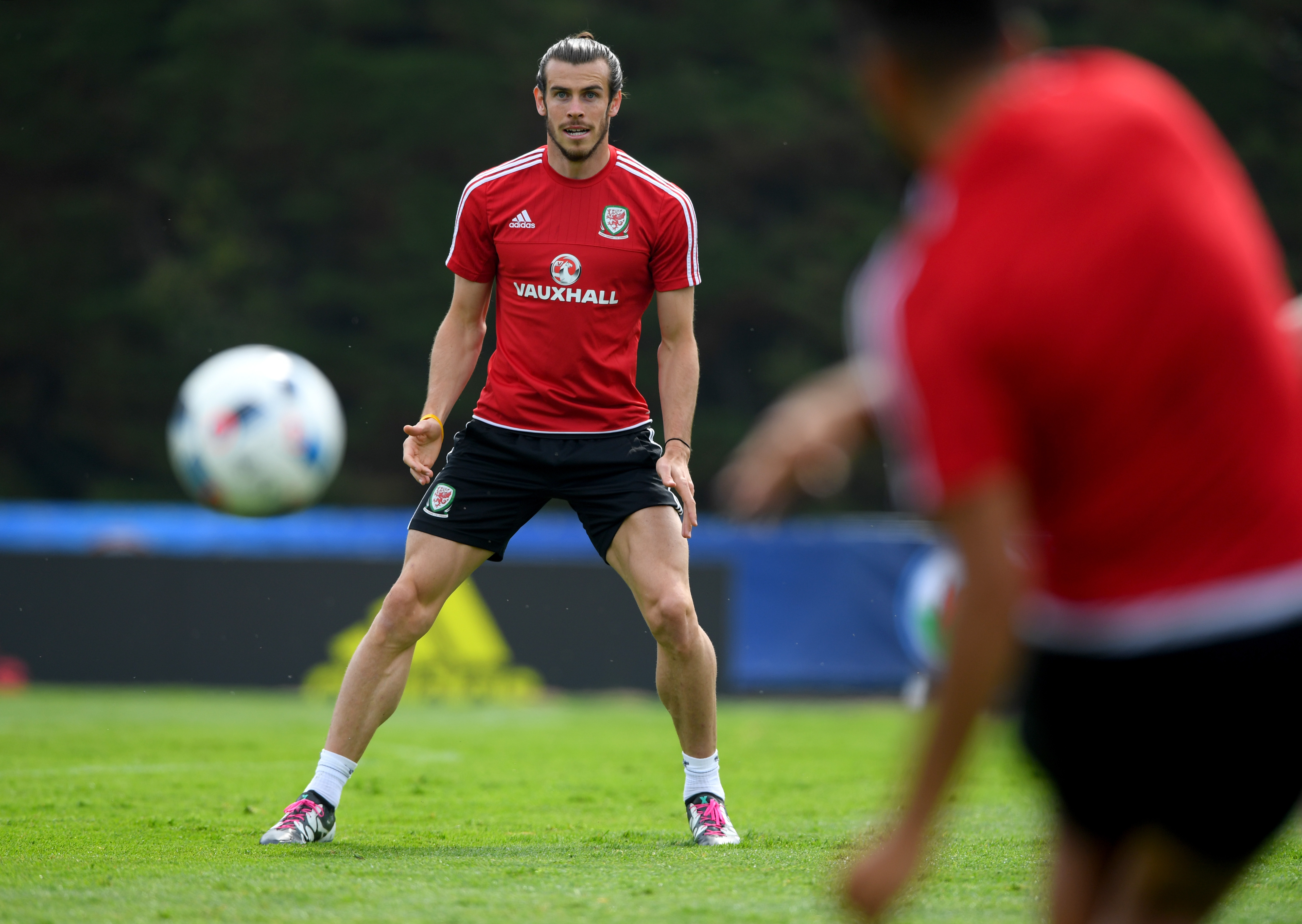 Wales player Gareth Bale in action during a Euro 2016 Wales training session on June 9, 2016 in Dinard, France.
