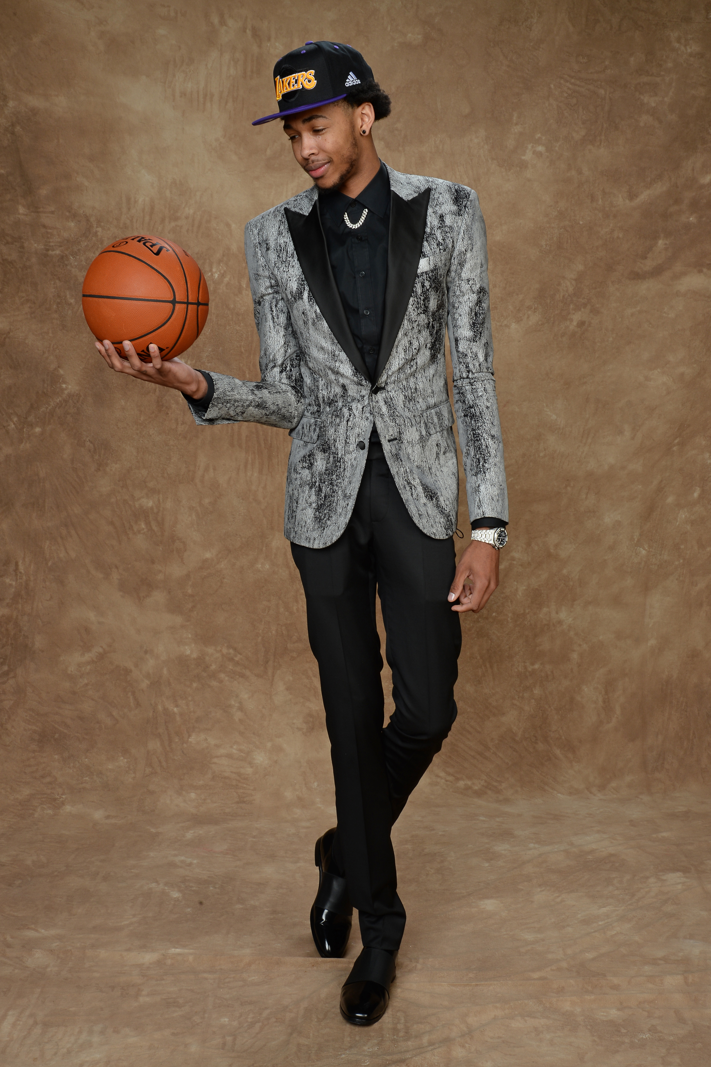 Brandon Ingram's flashy metallic suit cut a daring look at the Draft, making him a perfect sartorial fit for star-studded Los Angeles.