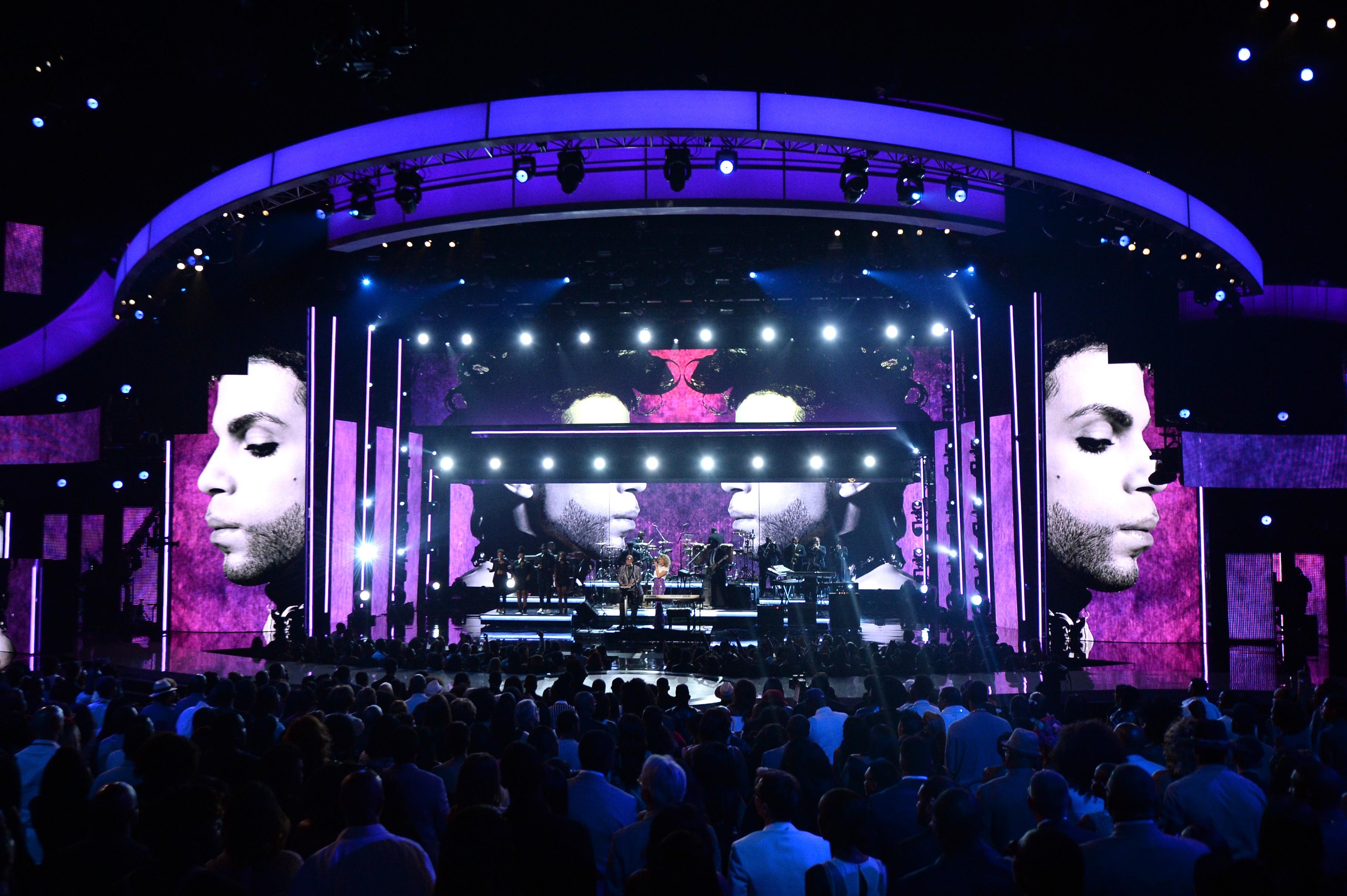 Tribute to prince on bet awards betfair betting app