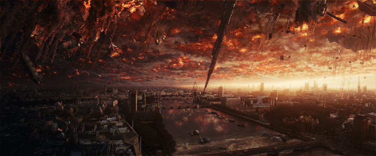 An alien attack has devastating effects on a major world capital in a scene from 'Independence Day: Resurgence'