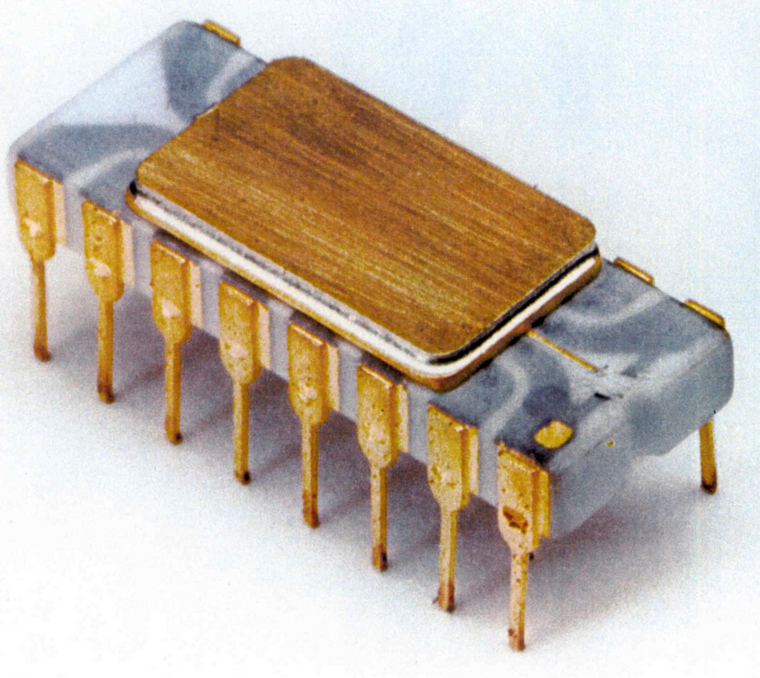 1st microprocessor, 1971 : Intel 4004