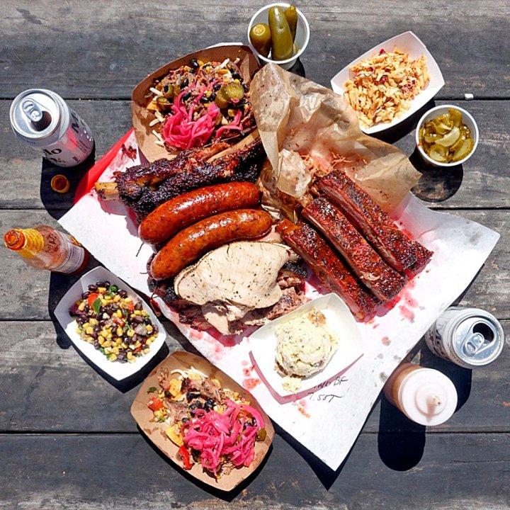 240-road-trip-la-barbecue-austin-texas-food-truck