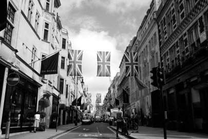 """""""Taken from the headlines of The New Yorker: 'British lose right to claim that Americans are Dumber'."""" Brexit referendum. London, UK, June 24th, 2016."""