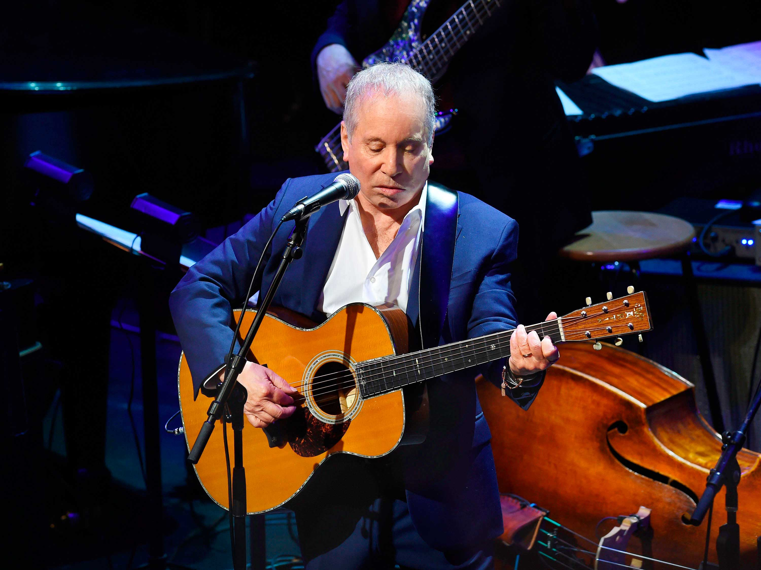 Paul Simon taps a lifetime of changes for an essential new album