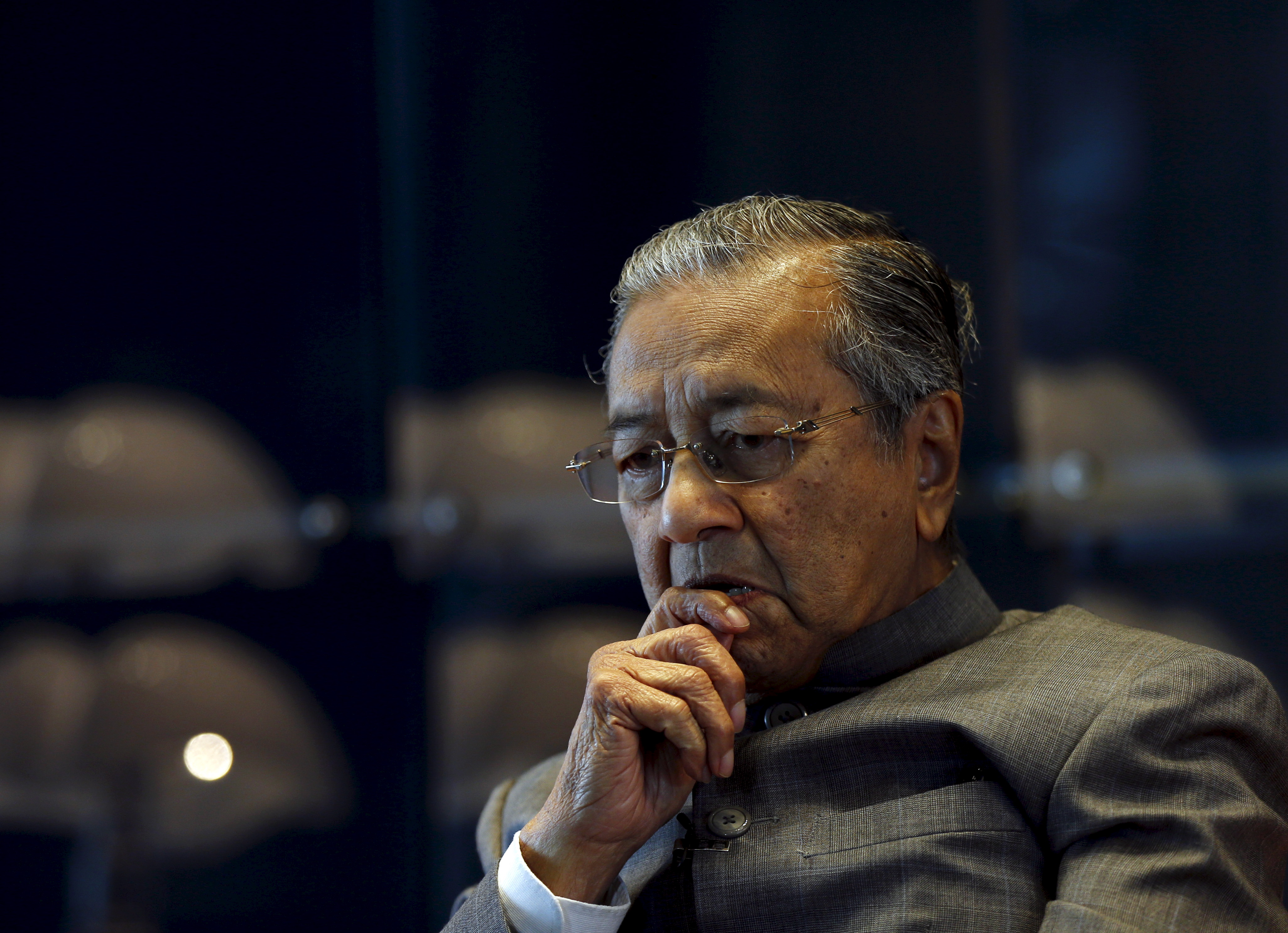 Malaysia's former Prime Minister Mahathir Mohamad at his office in Petronas Towers in Kuala Lumpur on Oct. 22, 2015